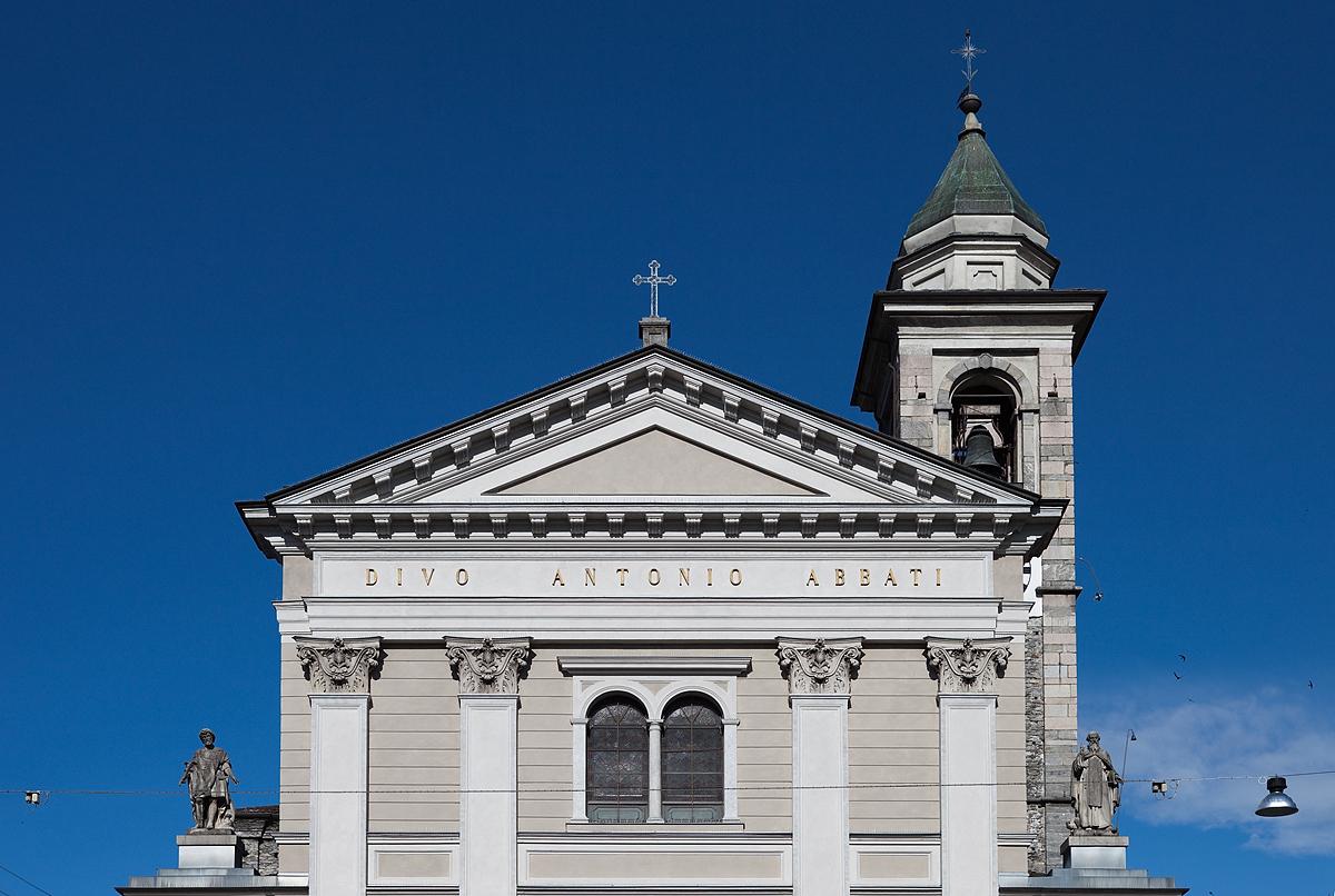 Collegiata di sant 39 antonio abate wikipedia for Arredo bimbo sant antonio abate