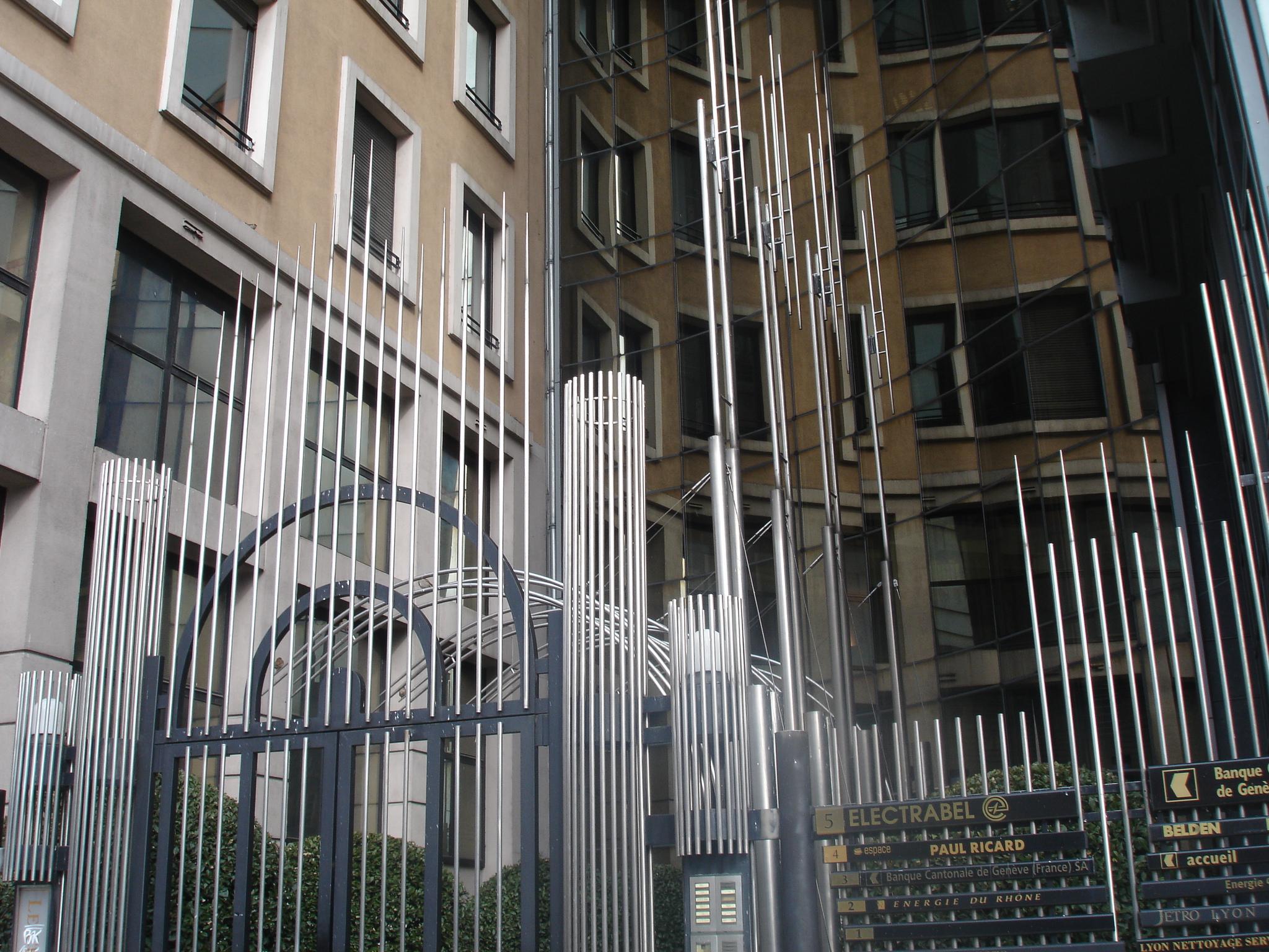 Entreprise D Architecture Lyon file:lyon pradel immeuble d'entreprises - wikimedia commons