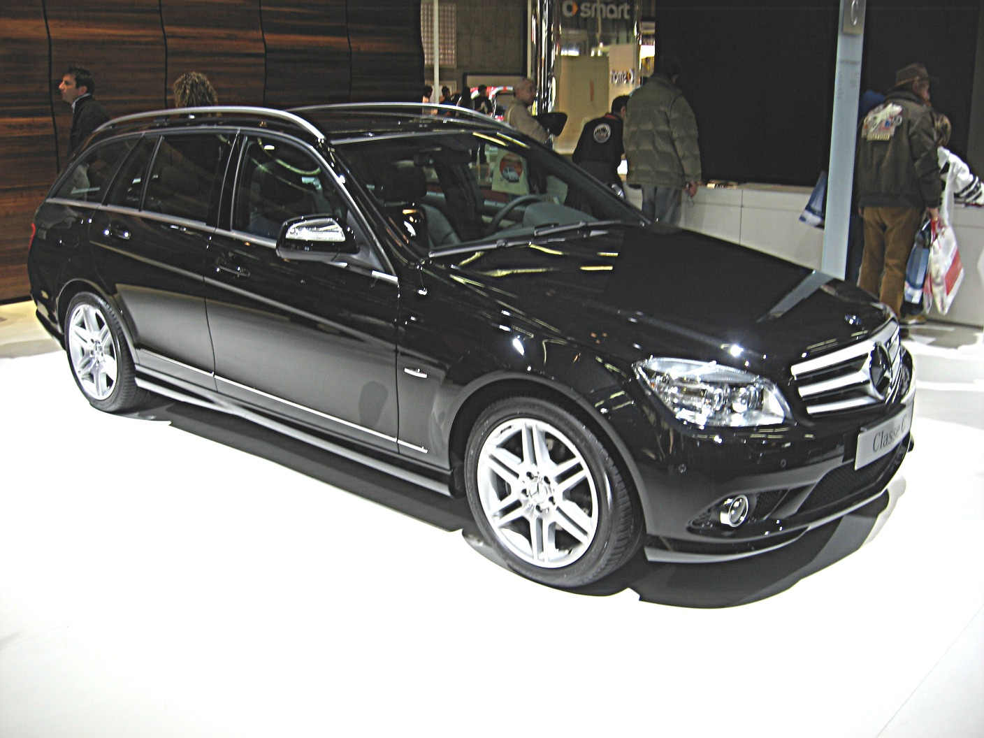 file mercedes benz c class w204 sw front view jpg wikimedia commons 2008