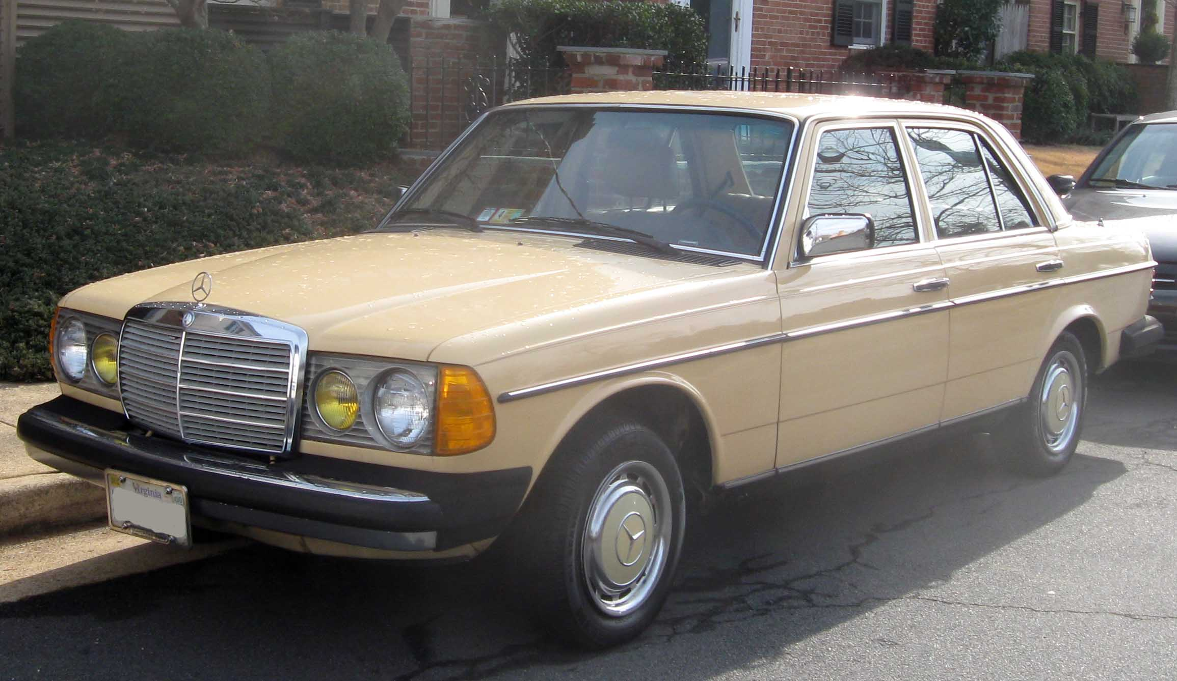 Mercedes benz forum w115 vs w123 240d engine difference for Mercedes benz forum