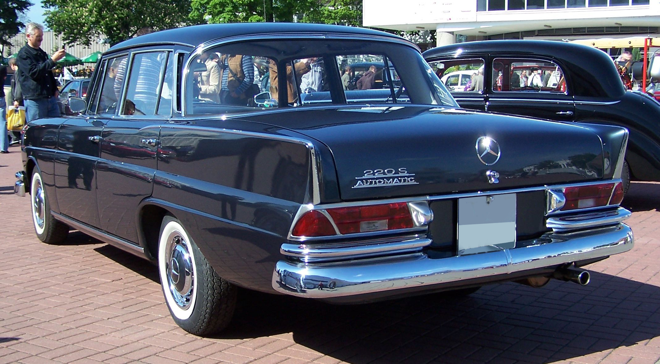 1960 mercedes benz 220 s w111 in the ray for Mercedes benz 220 s