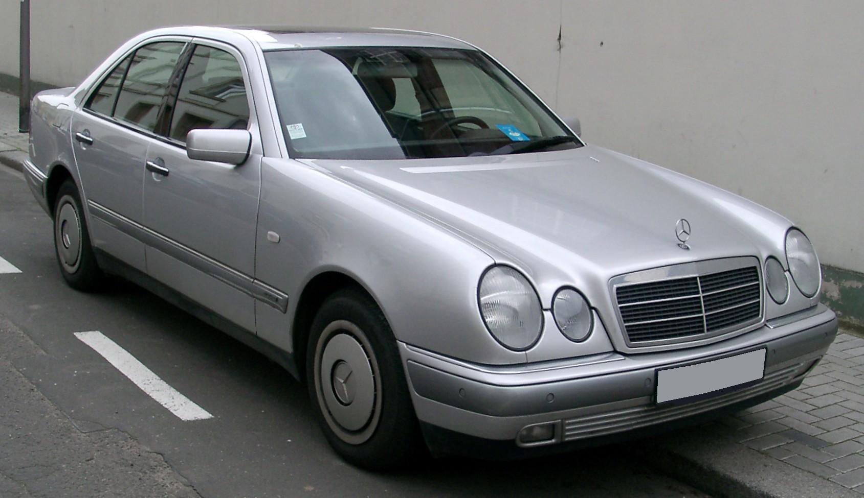 Mercedes benz w210 wikipedia the free encyclopedia autos for Mercedes benz wiki