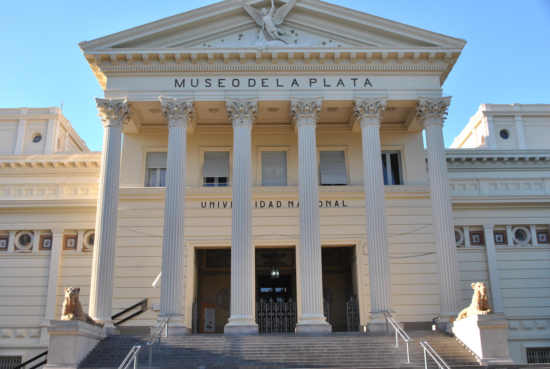 Museo de ciencias naturales de valencia wikipedia la file for Viveros en la plata