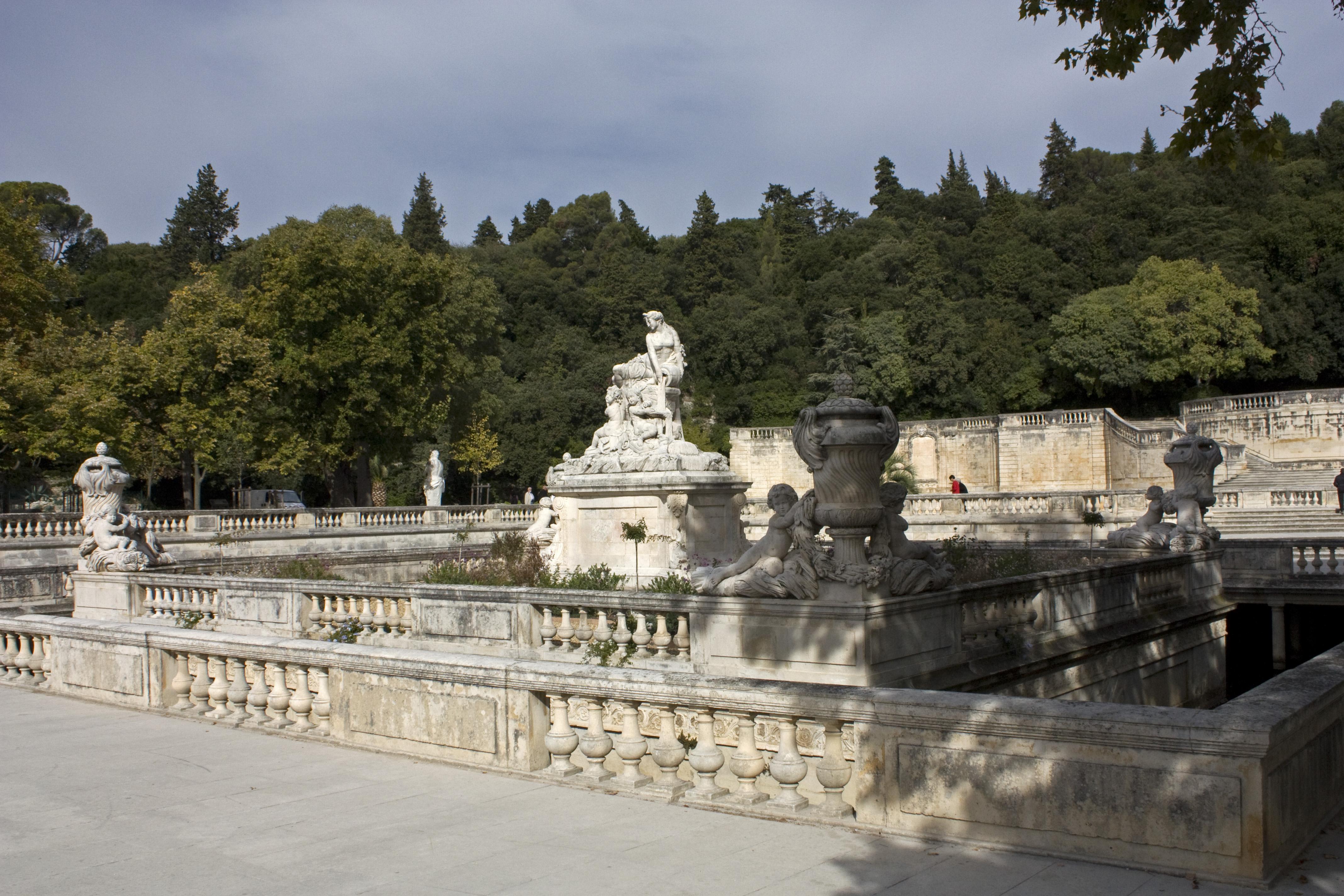 File N mes Jardin de La Fontaine Nymphée Wikimedia