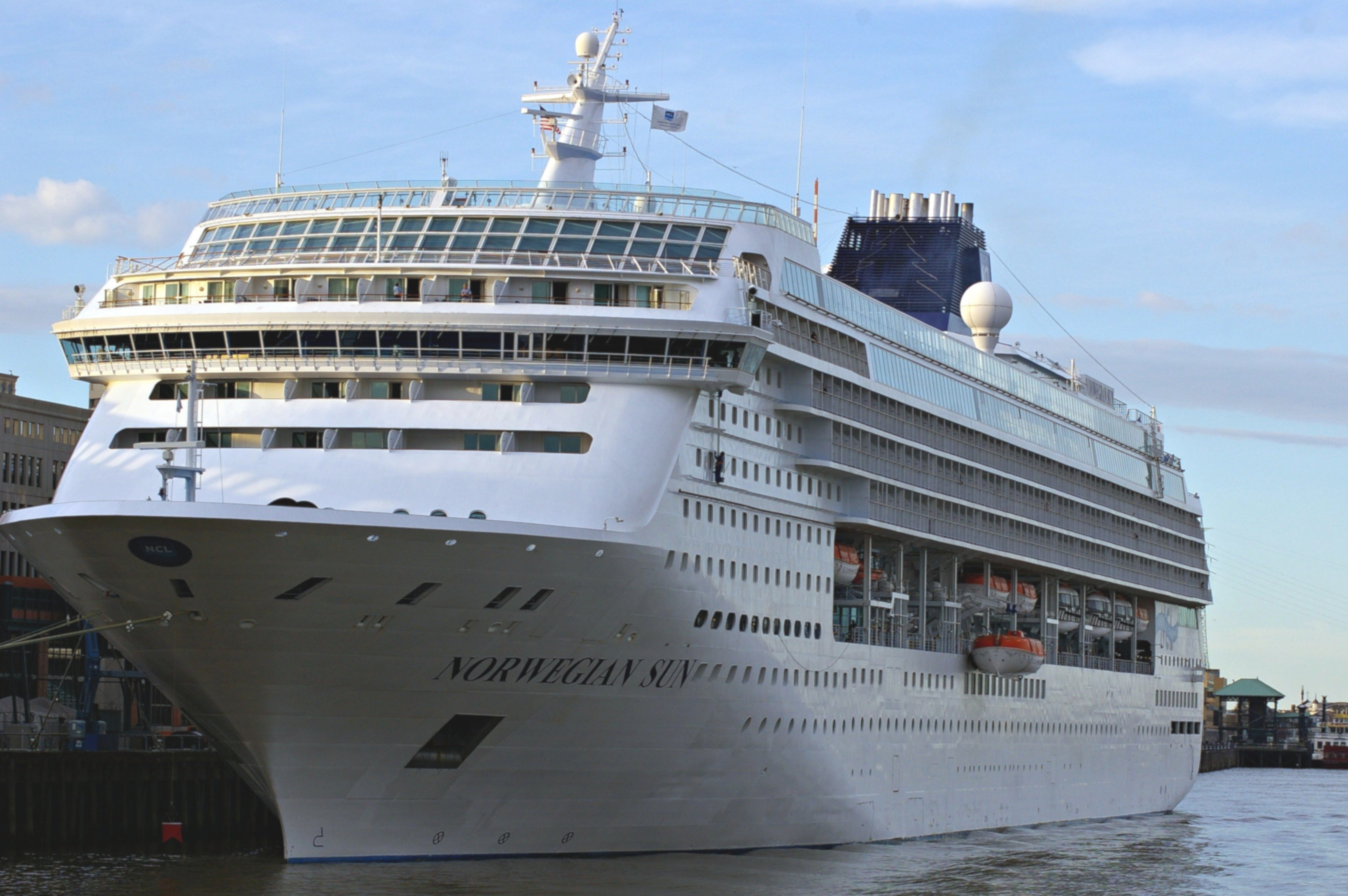 Norwegian Sun Cruise Ship, 2017 and 2018 Norwegian Sun ...