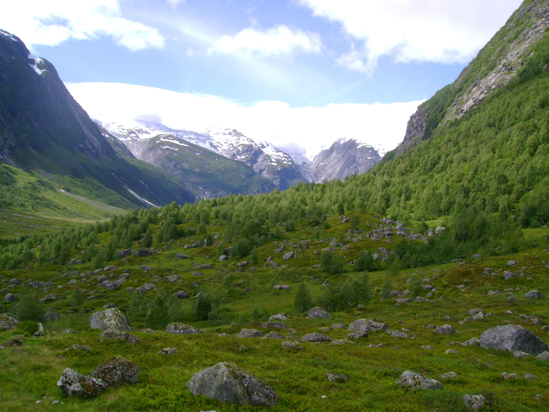 File Norwegian Valley Jpg Wikimedia Commons