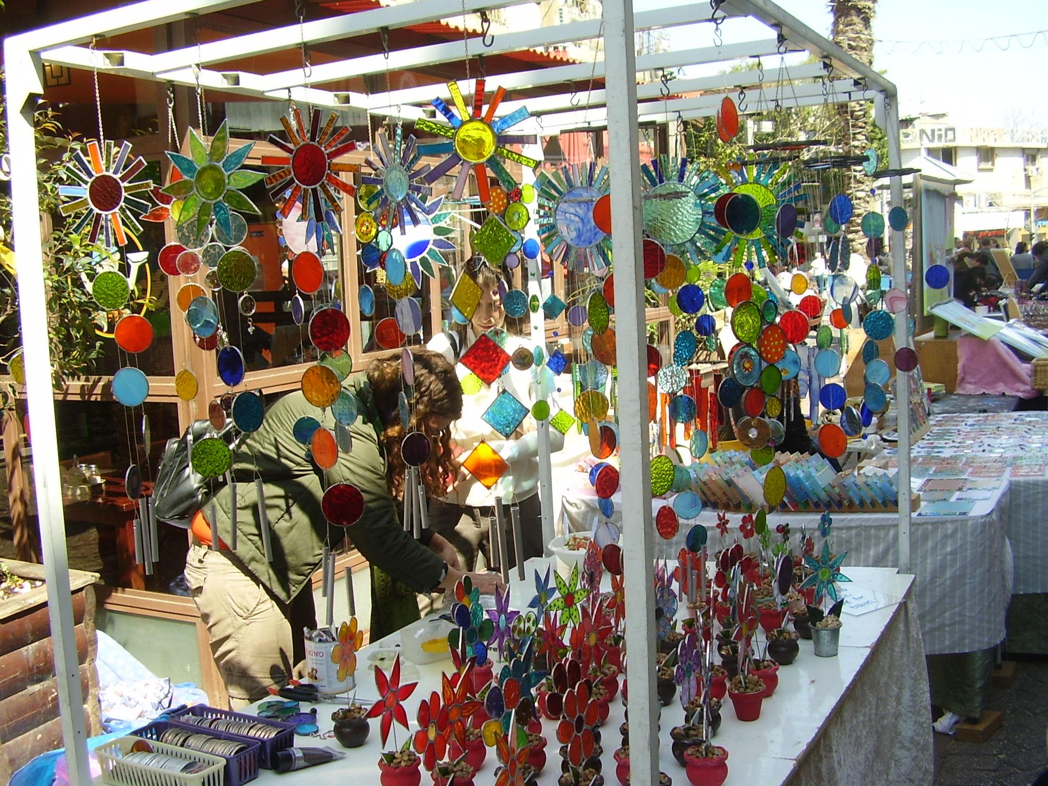 Streets of tel aviv a walker 39 s paradise unlock tel aviv for Arts and crafts fairs
