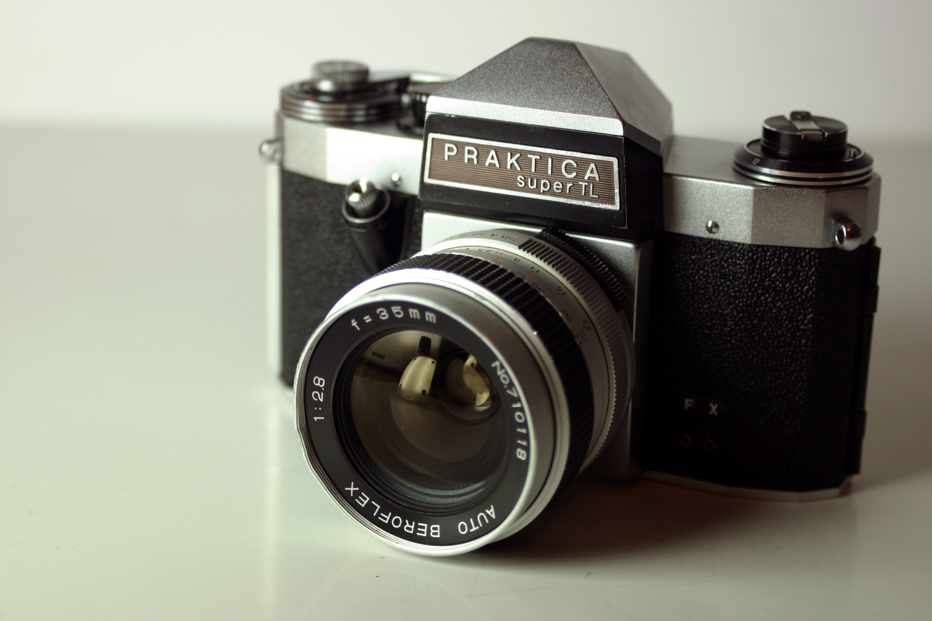 File:praktica super tl.jpg wikimedia commons