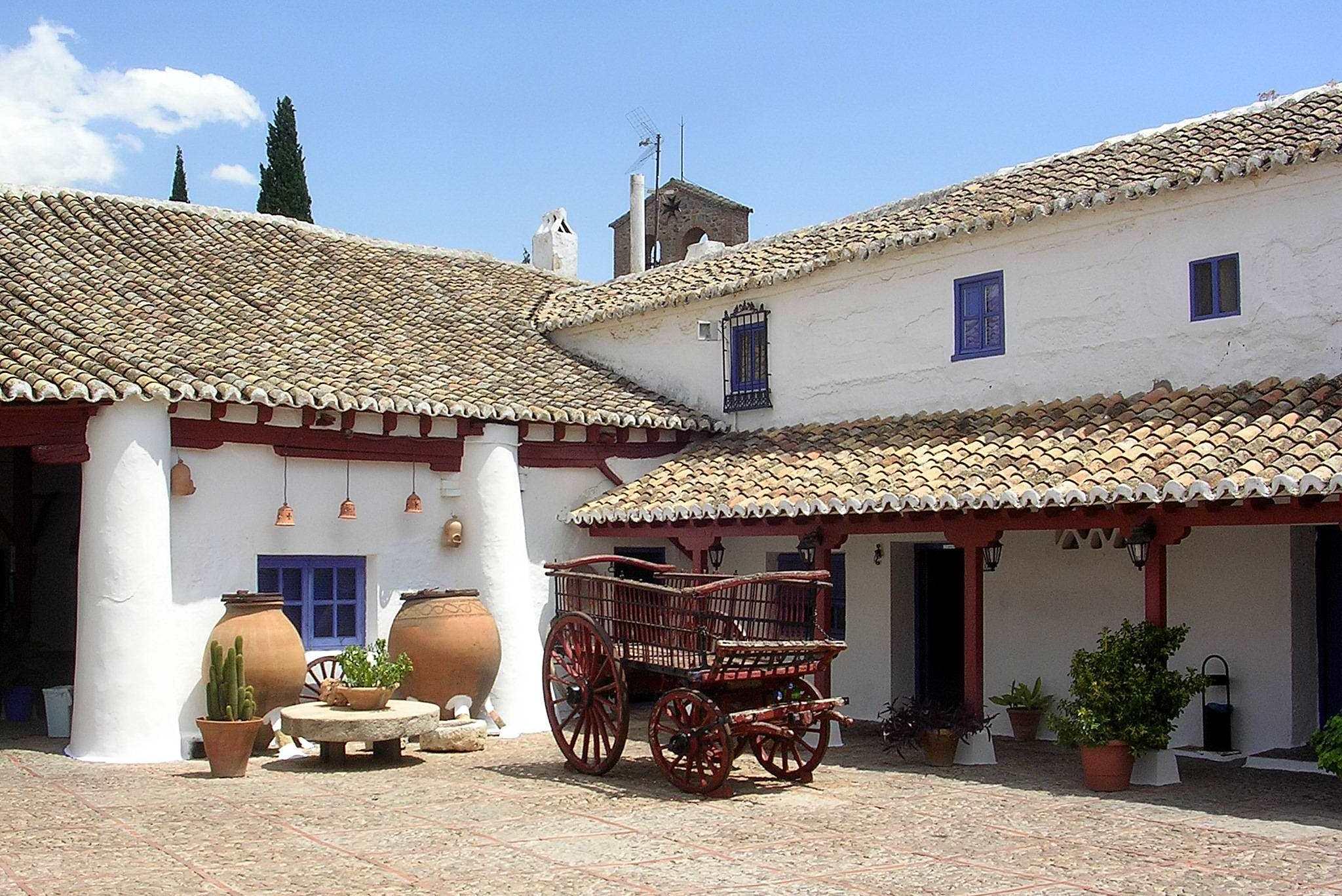 File puerto lapice venta don quijote 1 jpg wikimedia commons for Casas en ciudad jardin cali para la venta