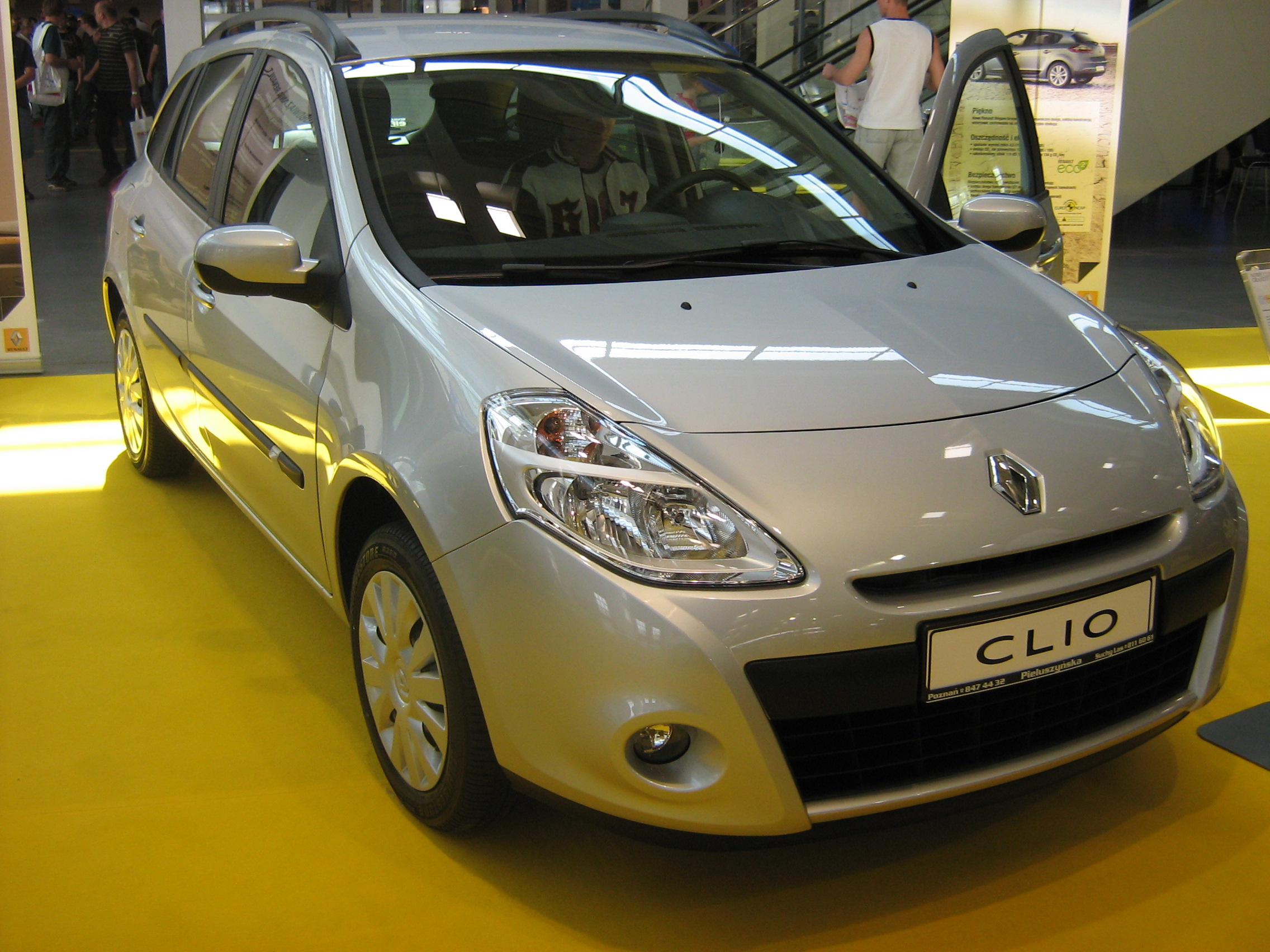 file renault clio iii grandtour phase ii front psm wikimedia commons. Black Bedroom Furniture Sets. Home Design Ideas