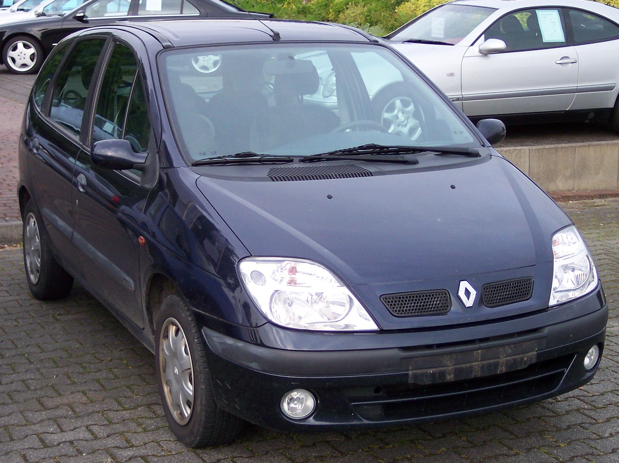 Clio Cars For Sale