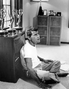Rod Serling relaxing at home 1959.JPG