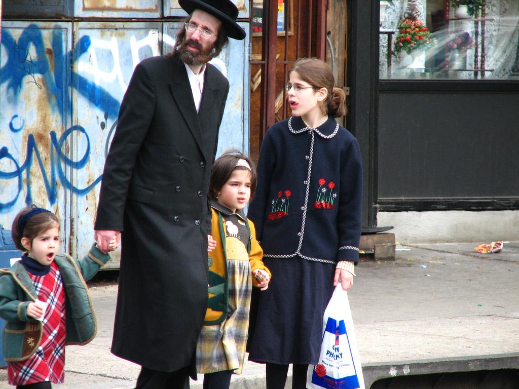 Orthodox jew dating rules