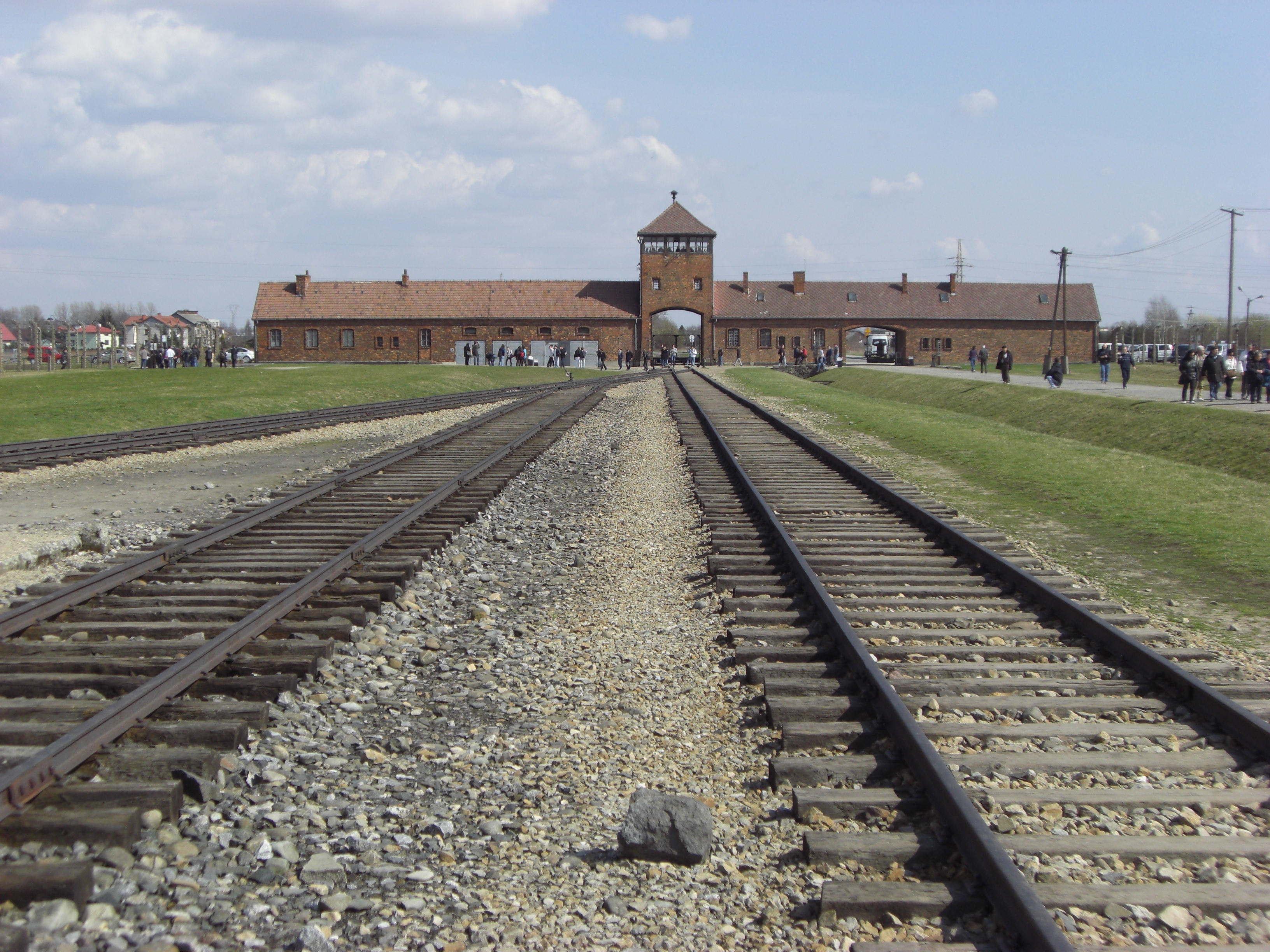 File Selection Ramp Auschwitz Ii Birkenau Poland2 Jpg