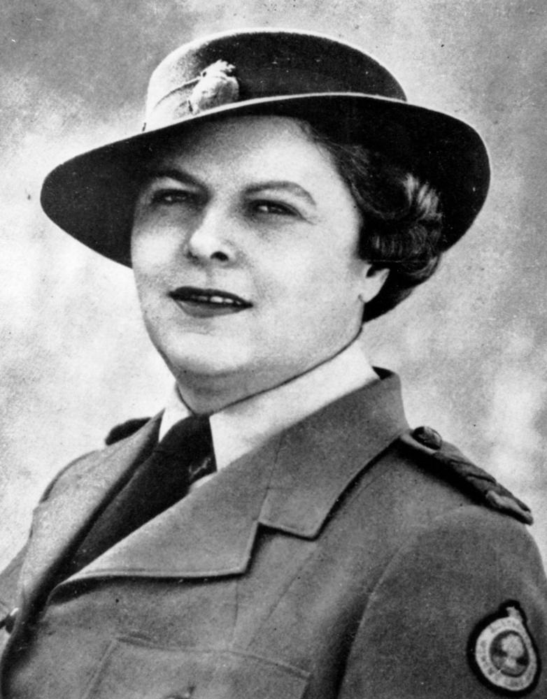 c7a47bc64ee File StateLibQld 2 171959 Beryl Pender in her uniform as State  Superintendent of the Australian Women s Land Army