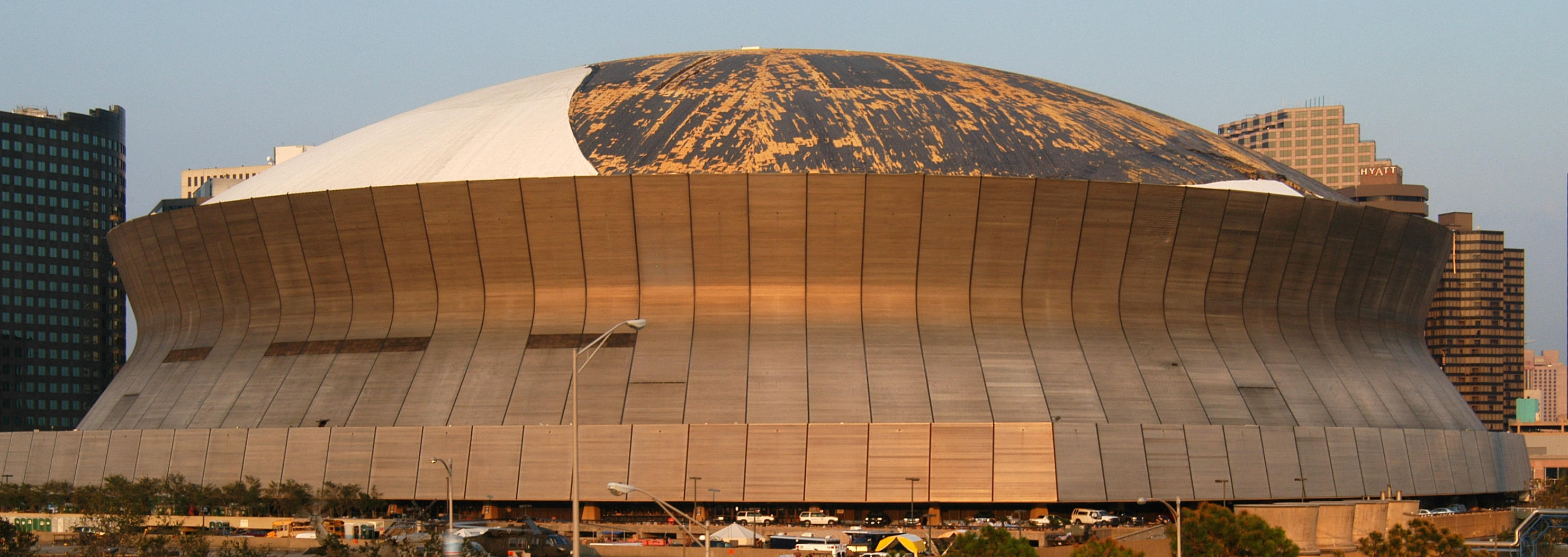 file superdome roof damage jpg wikimedia commons new orleans clipart border new orleans clip art borders
