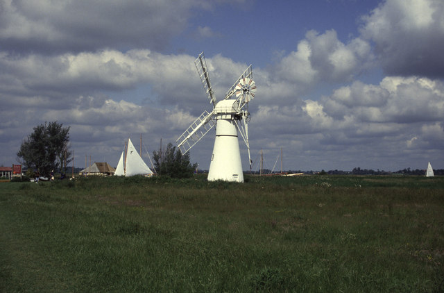 Thurne Mill - geograph.org.uk - 1072977