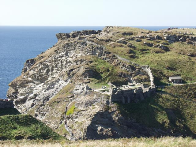 File:Tintagel Castle - geograph.org.uk - 646.jpg