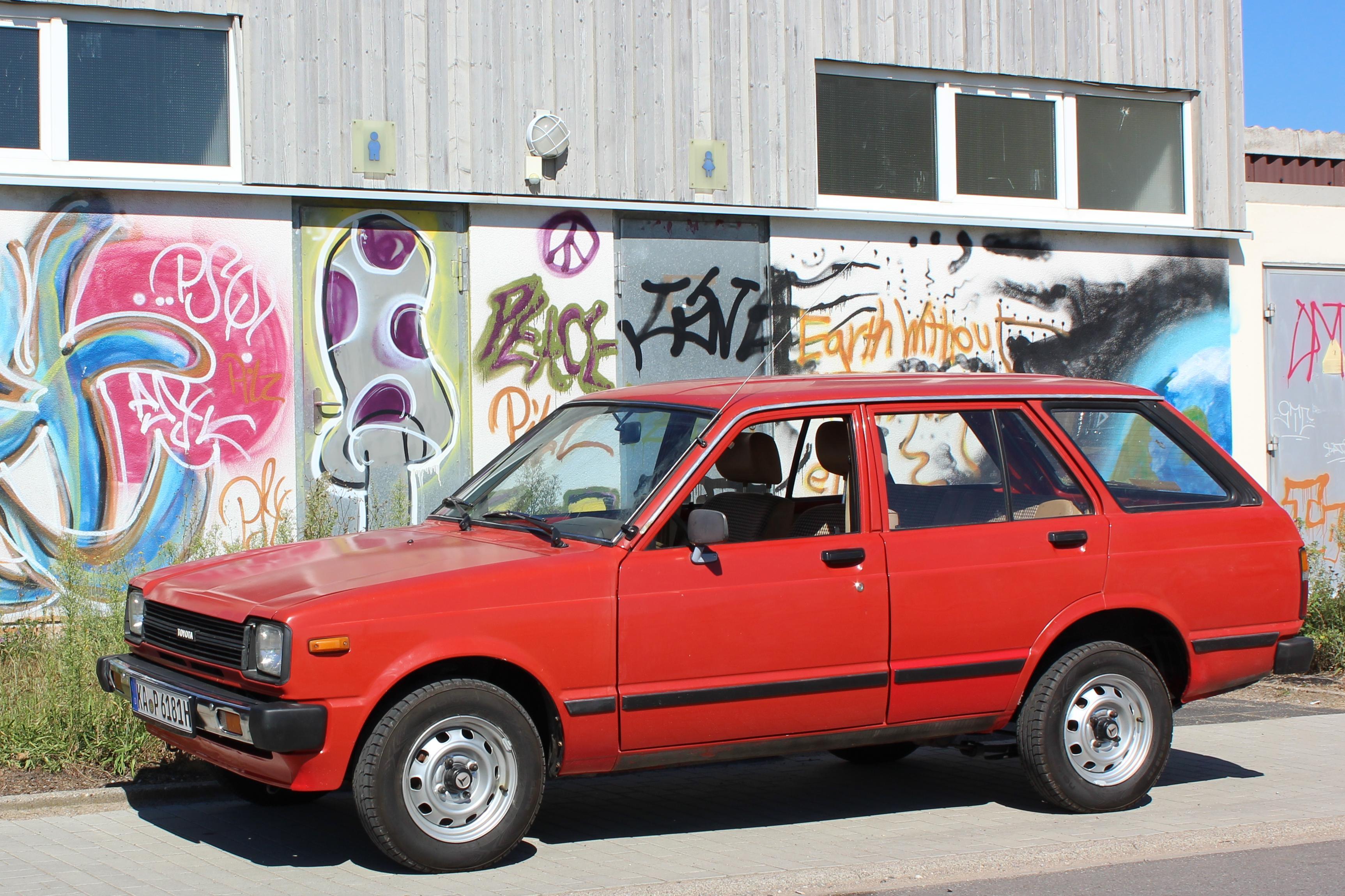 File:Toyota Starlet Kombi01 jpg - Wikimedia Commons