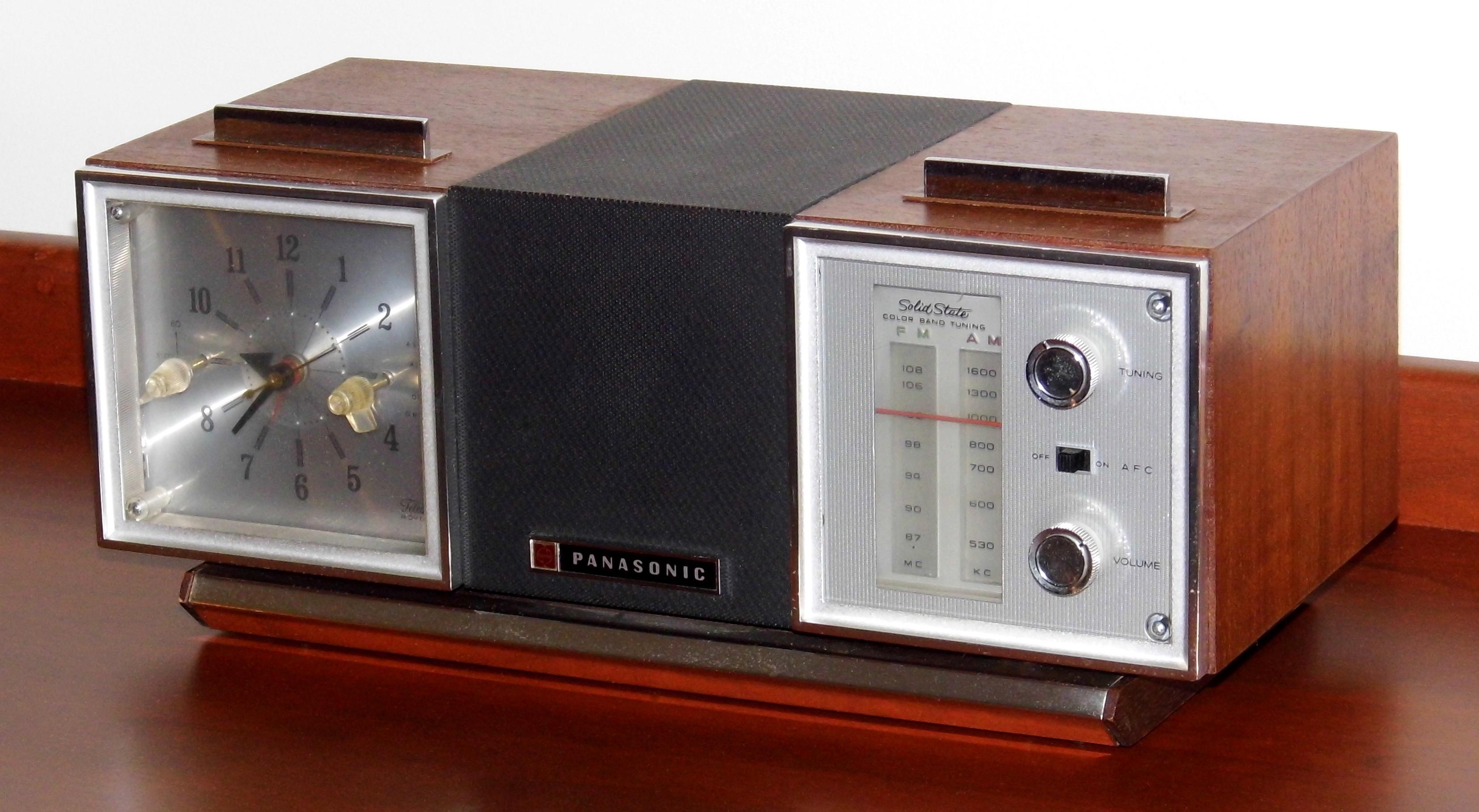 Valuable vintage panasonic electronics