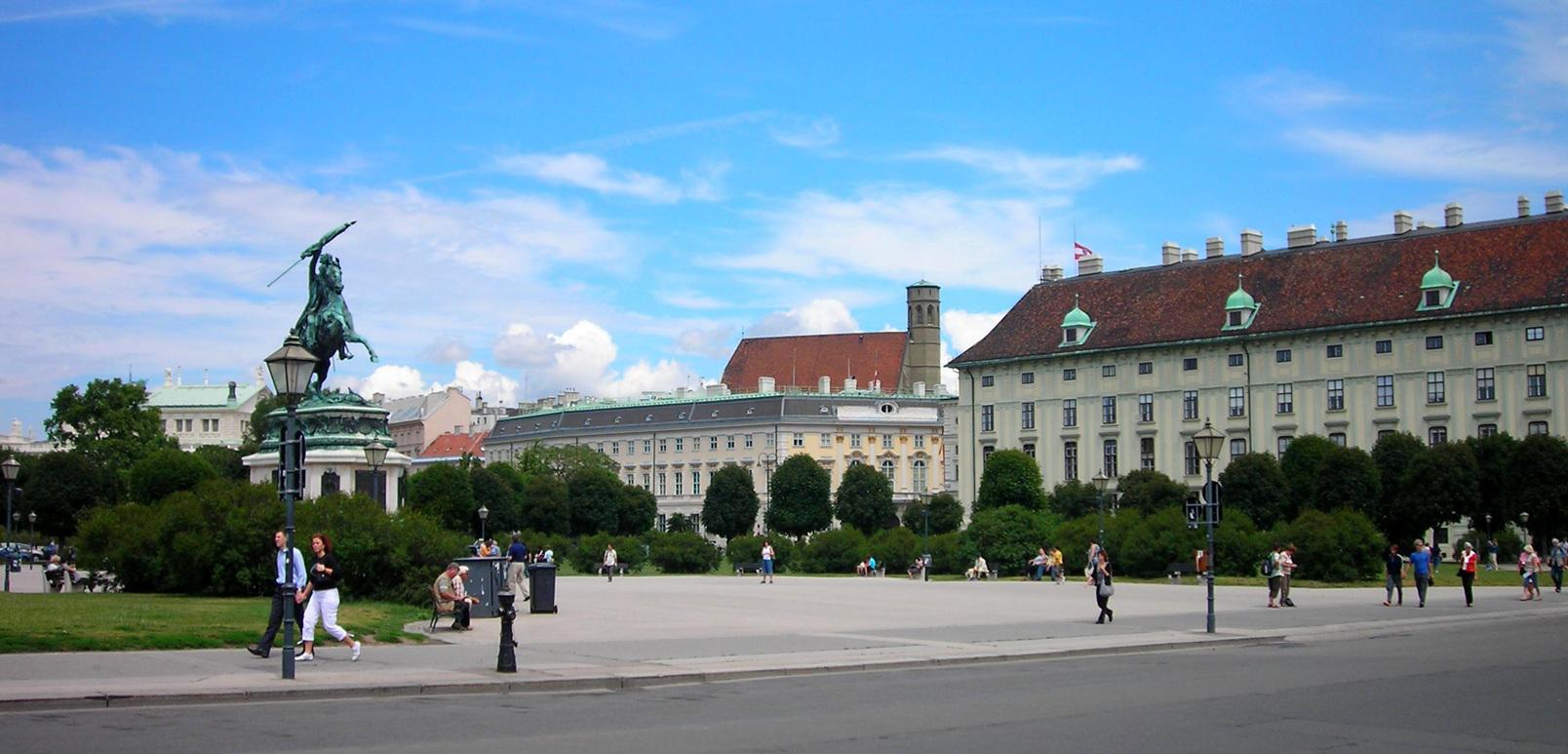 Wien 207 (7087749539).jpg