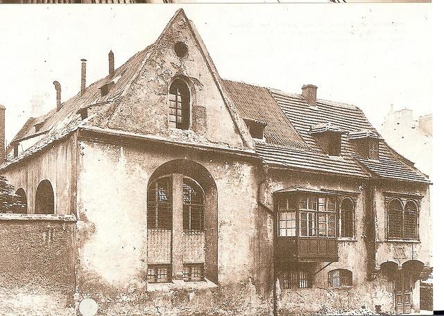 Zikmund Reach Prague Czechoslovakia Synagogue 004.jpg