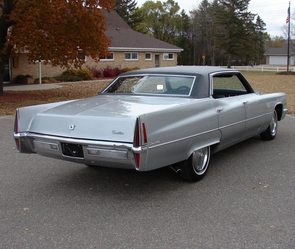 File:1970 Cadillac Hardtop Sedan Deville Rvl.jpg