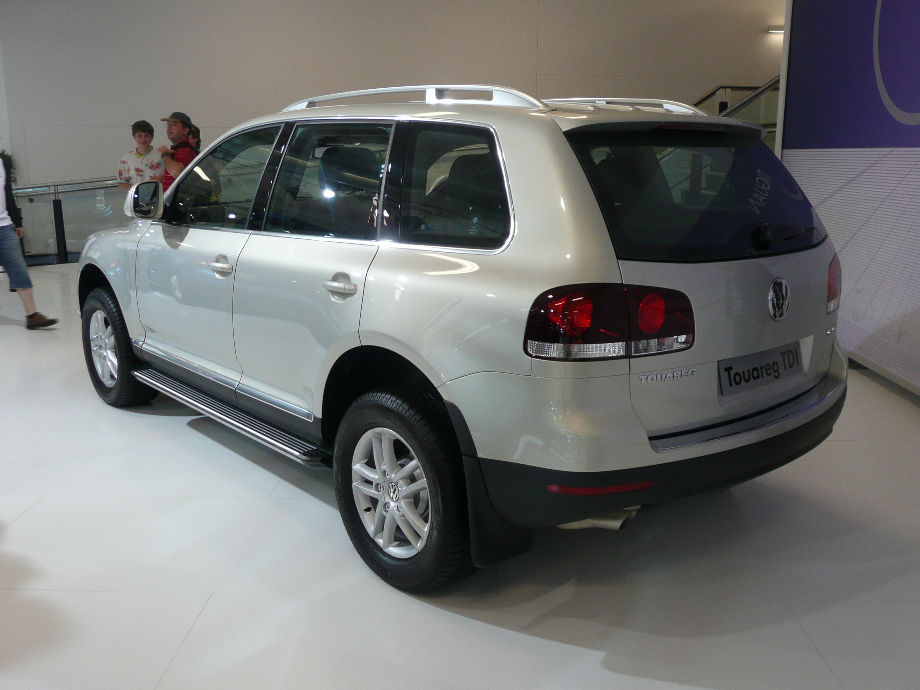 File 2007 2008 Volkswagen Touareg V6 Tdi 02 Jpg