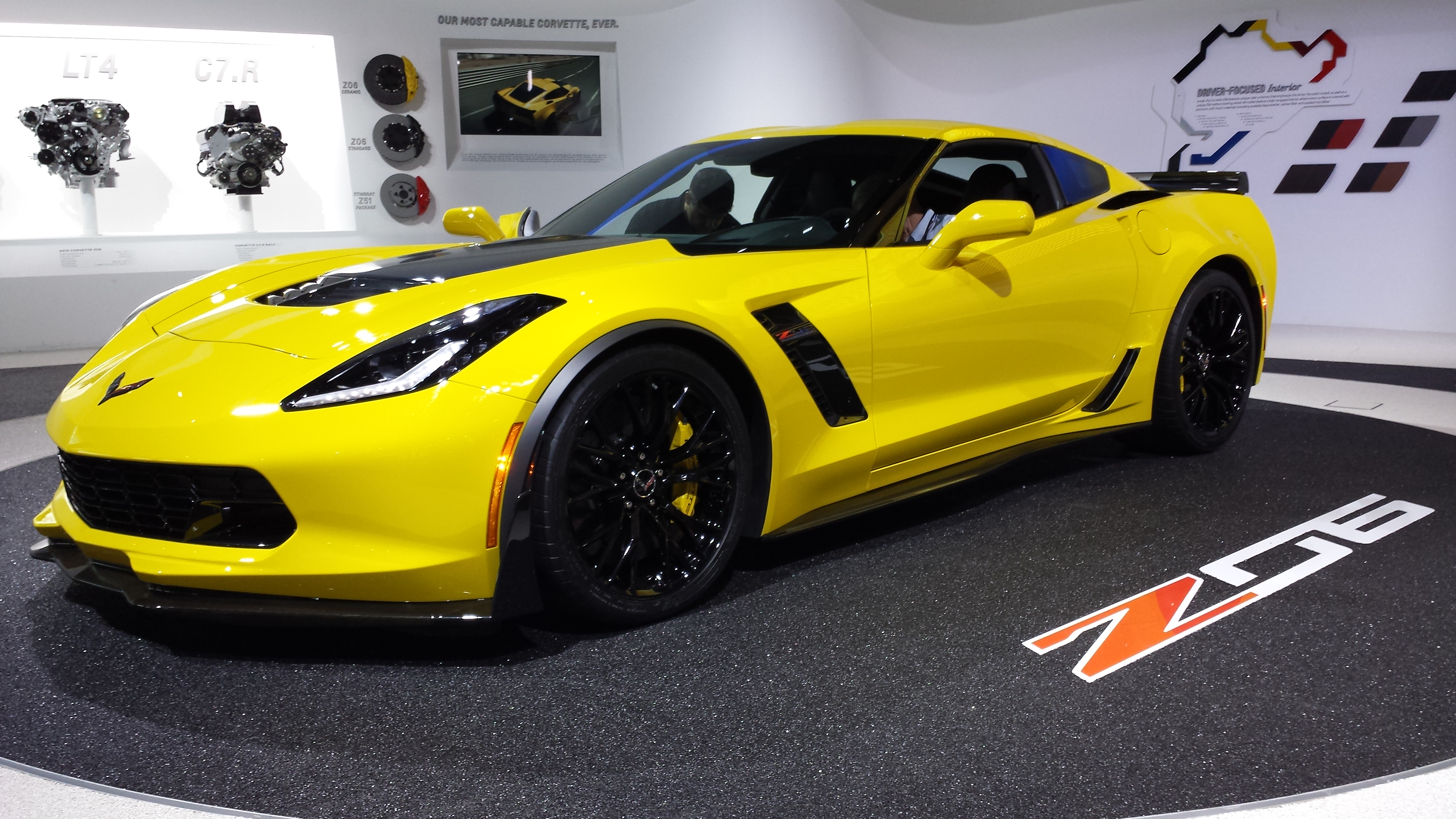 File:2015 Chevy Corvette Stingray Z06 Debut At Detriot Auto Show 1