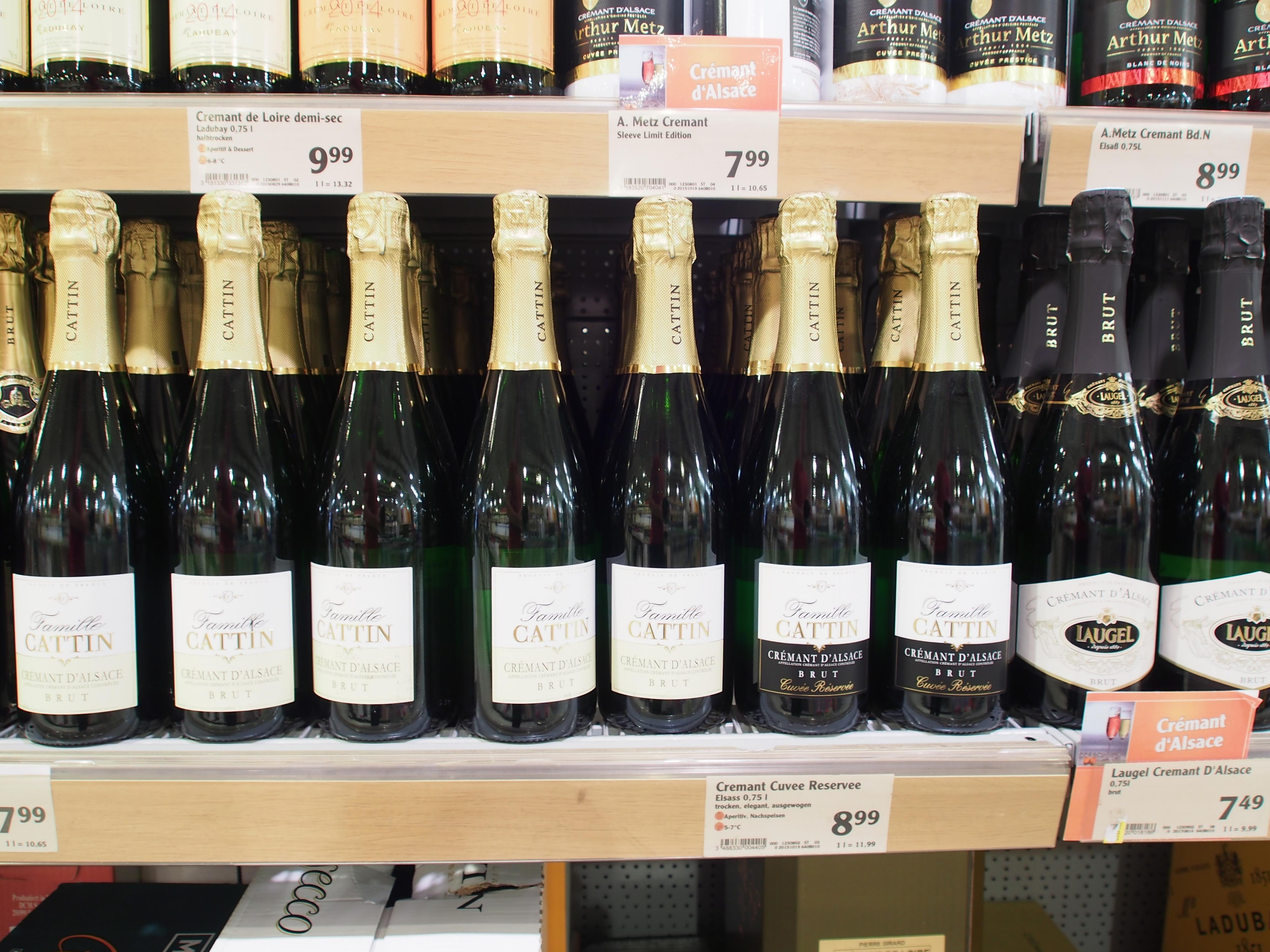 File:Alkoholische Getränke, Globus Saarbrücken, Bild12.JPG ...