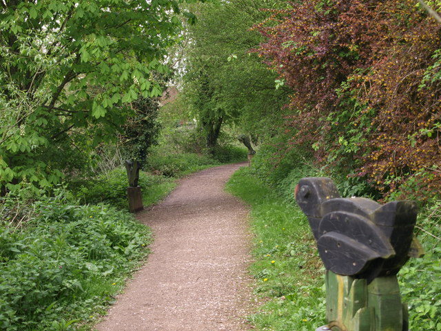 Andover - Sculptures along the Watervole Trail - geograph.org.uk - 811062