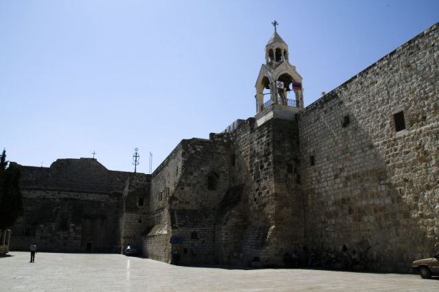 http://upload.wikimedia.org/wikipedia/commons/4/45/Bethlehem-03-Church_of_the_Nativity.jpg