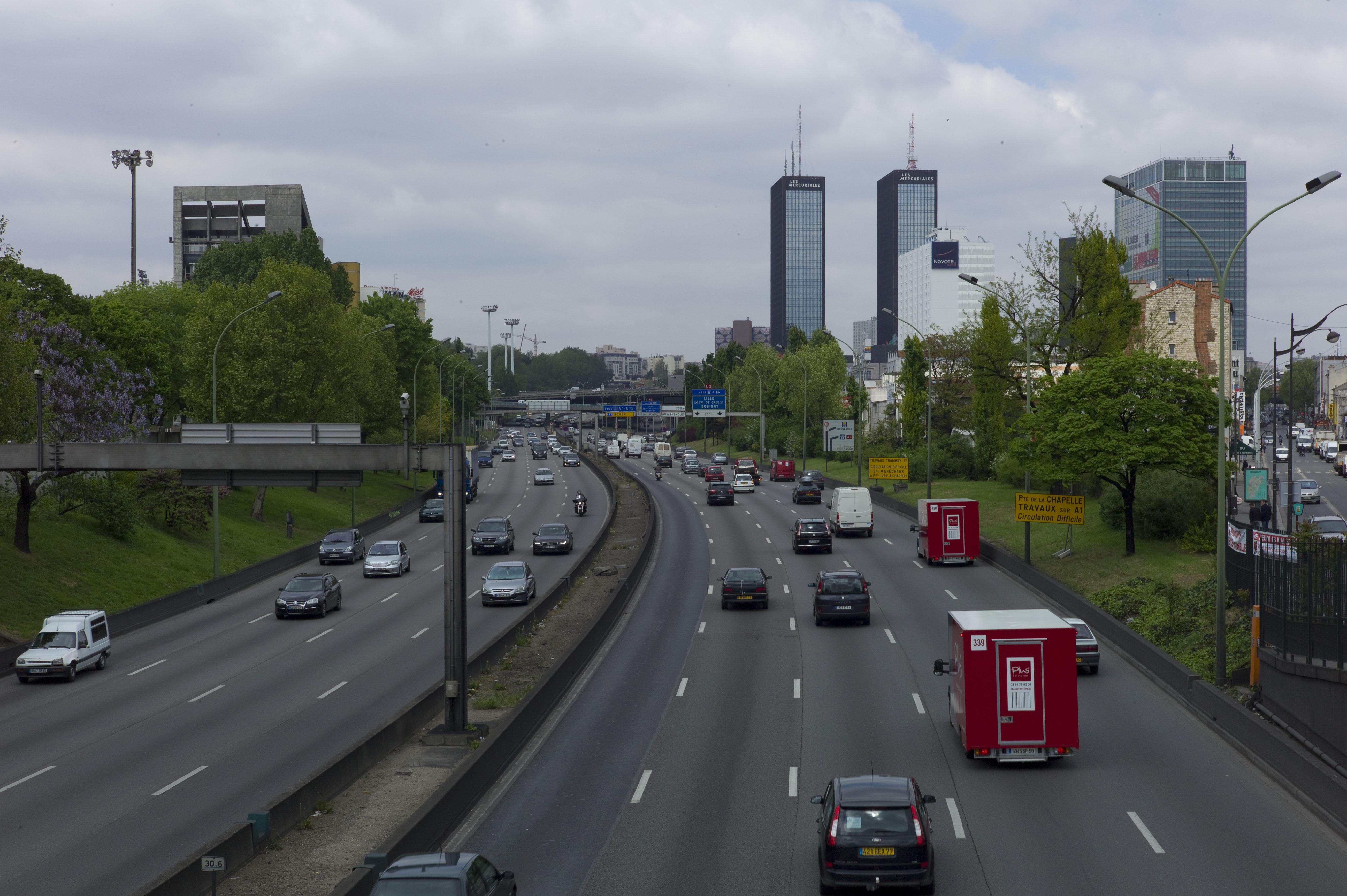 File boulevard p riph rique porte de bagnolet dans la - Porte peripherique paris ...