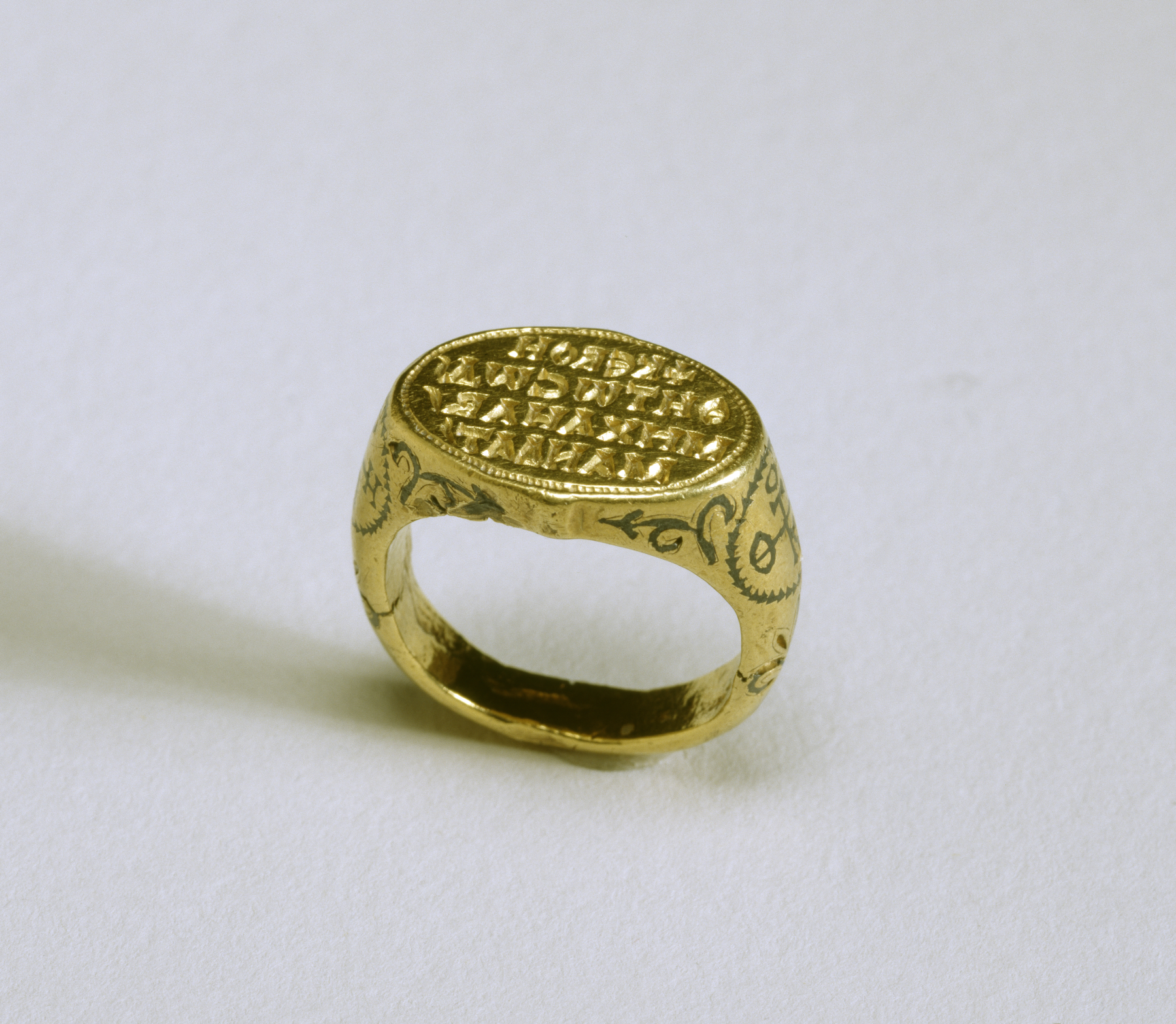 Golded Ring