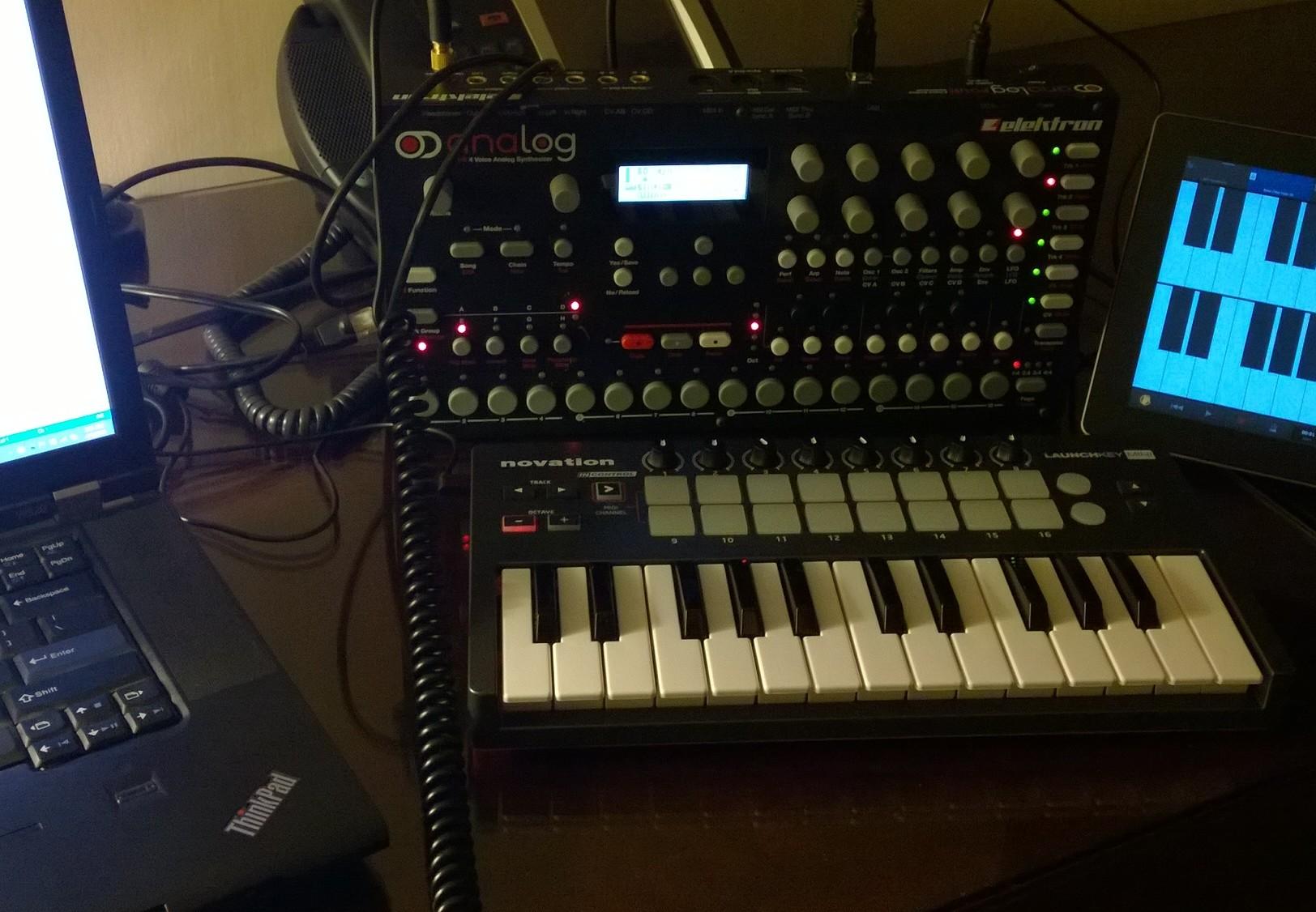 file elektron analog four novation launchkey mini ipad my setup for my synthesizers midi. Black Bedroom Furniture Sets. Home Design Ideas