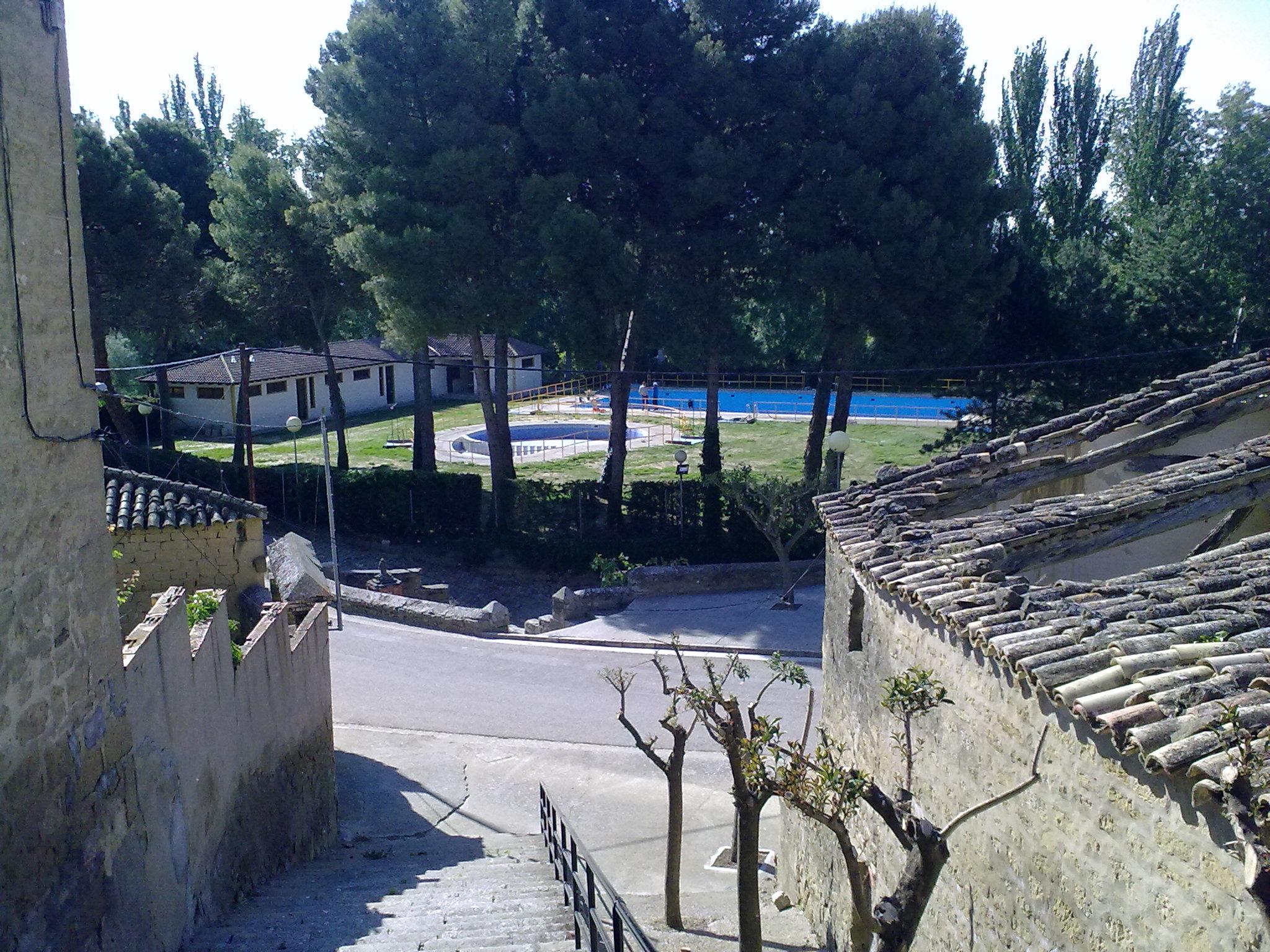 File Erla 28 La Piscine Wikimedia Commons