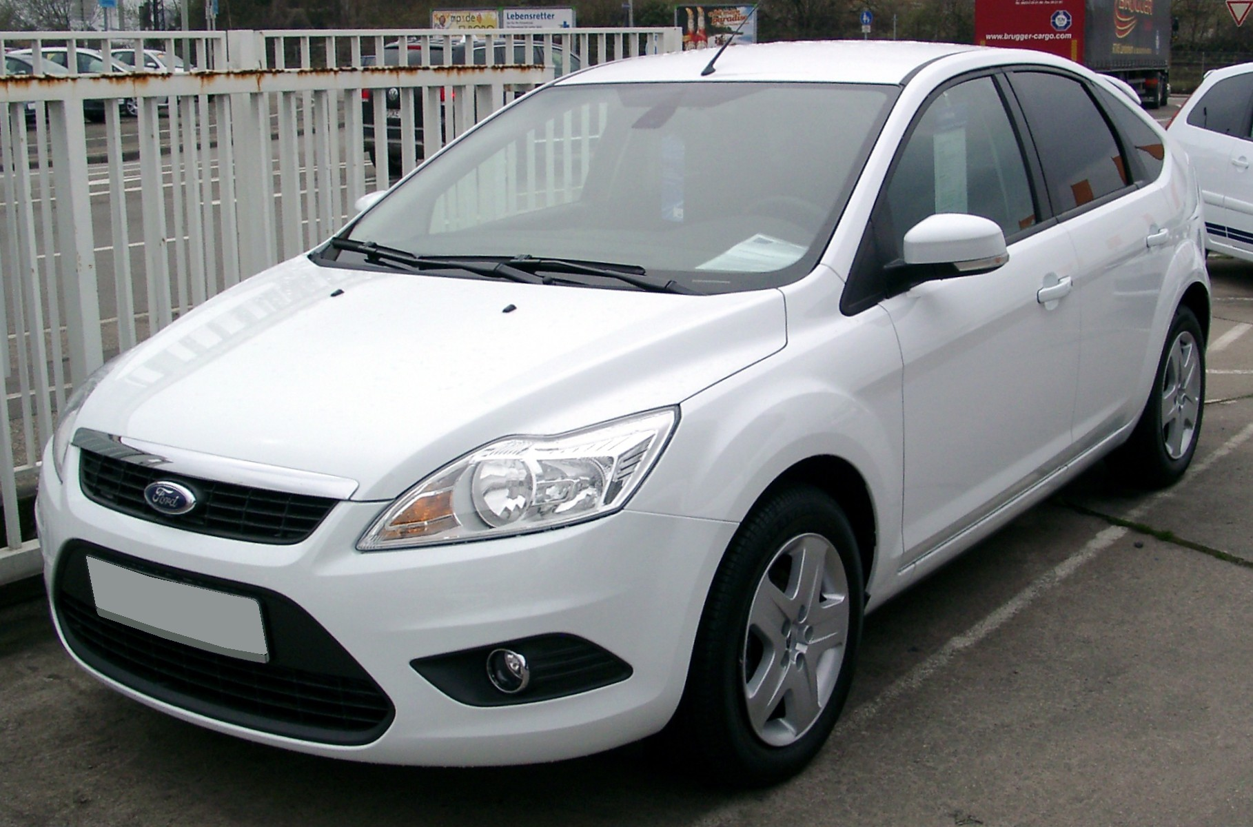 Ford_Focus_front_20080409.jpg