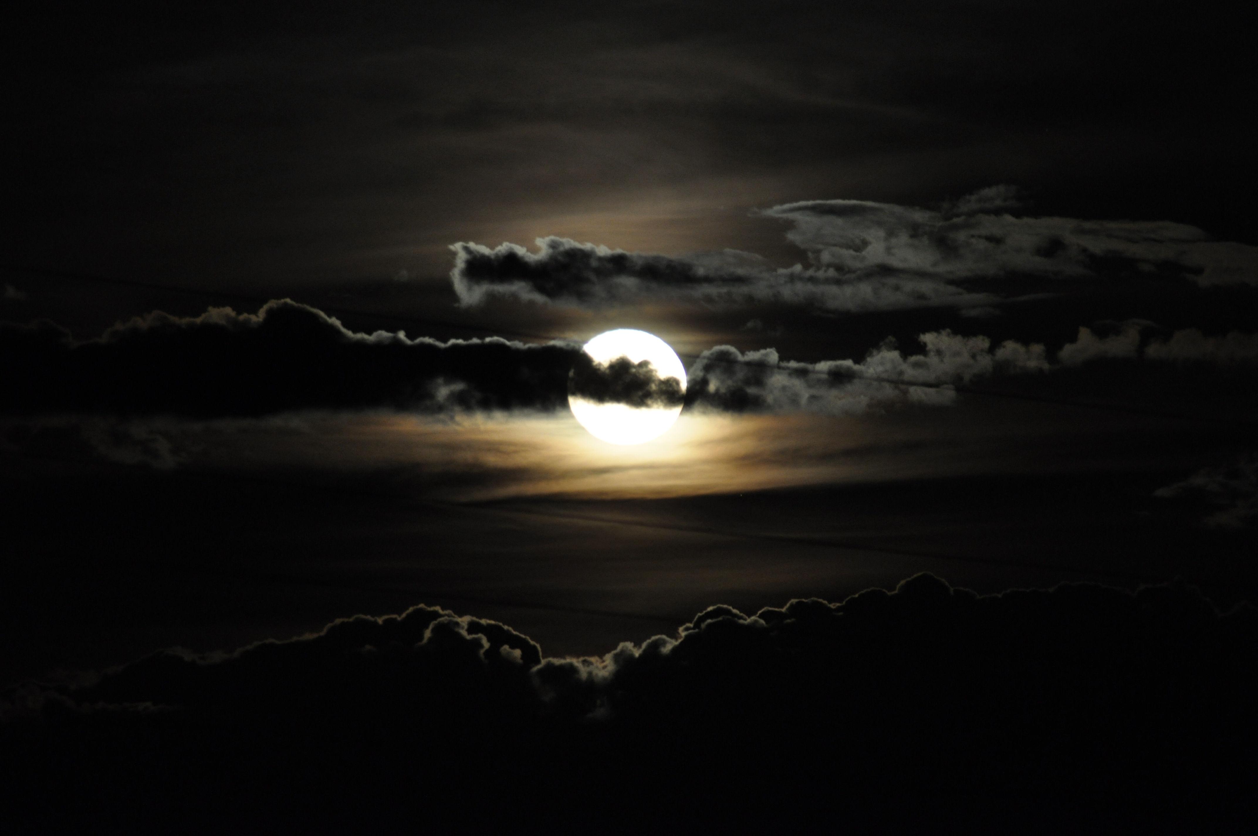 file full moon with clouds 19791001528 jpg wikimedia commons