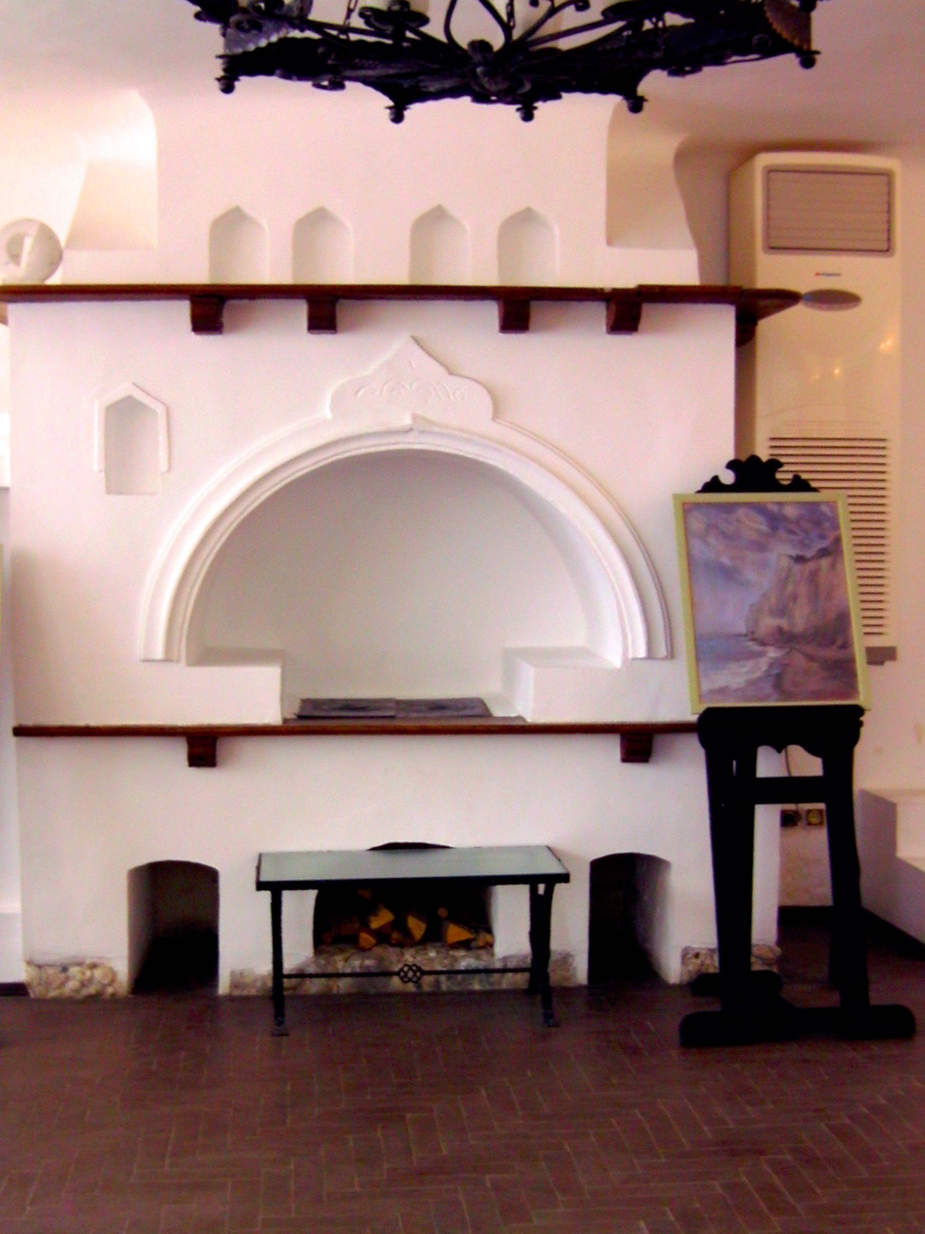 Datei Gemauerter Kuchenherd Schloss Baltschik Bild0616 Jpg Wikipedia