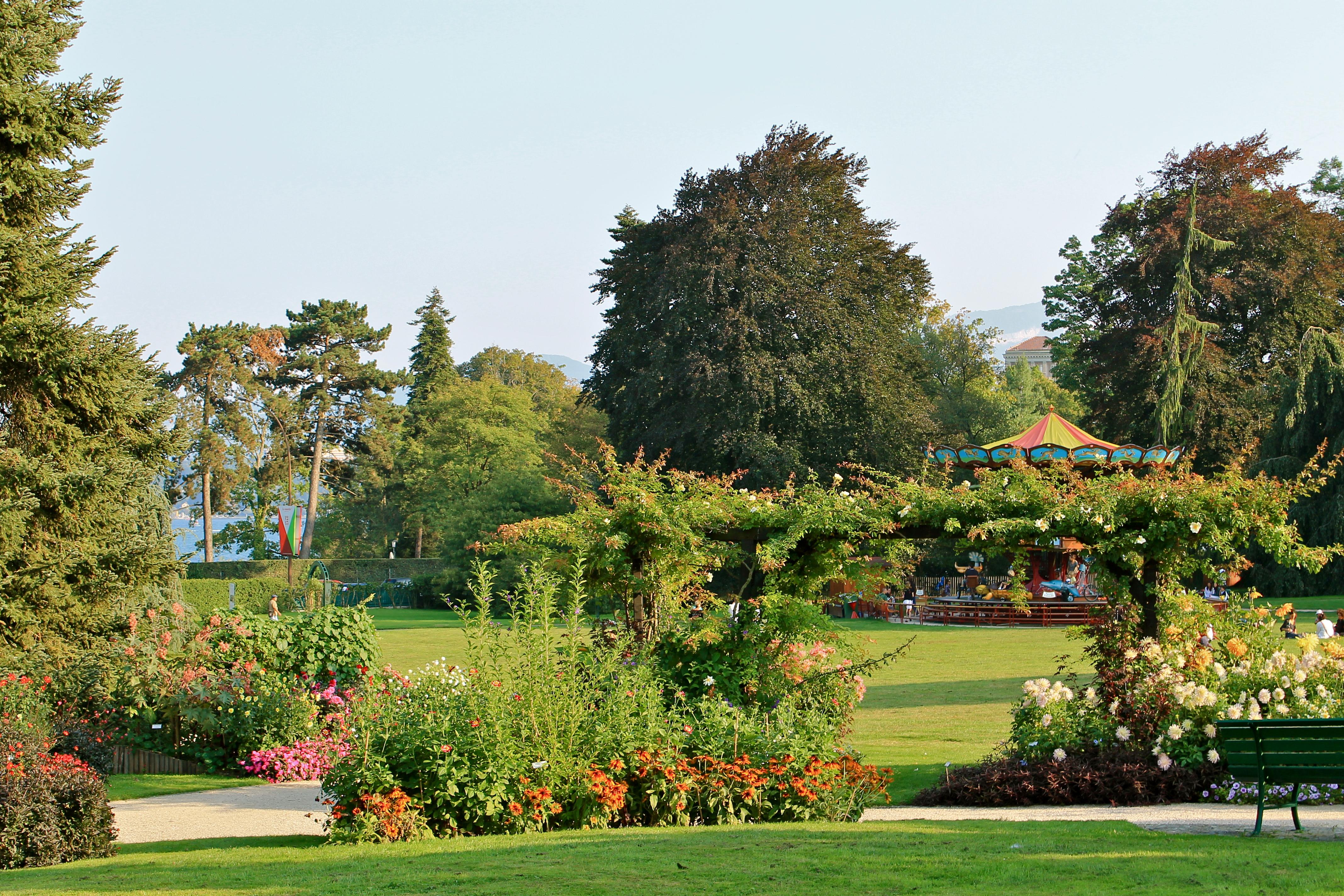 filegenve jardin botanique panoramiojpg - Jardin Botanique Geneve