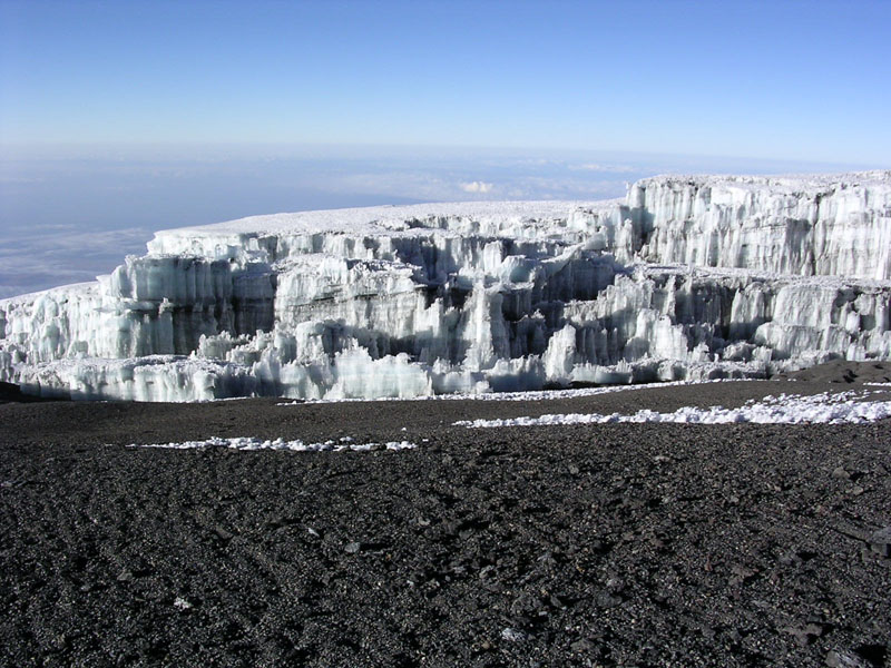 Glacier at summit of Mt Kilimanjaro 003.JPG
