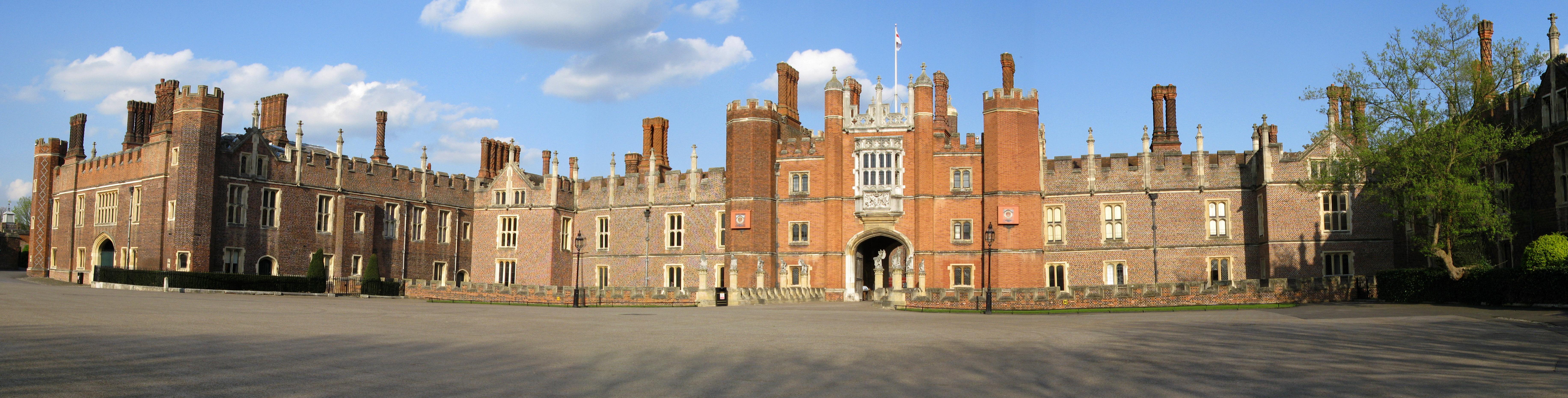 """Résultat de recherche d'images pour """"hampton court palace"""""""