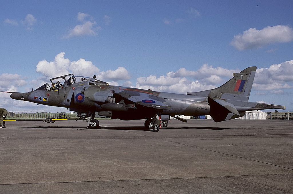 File Hawker Siddeley Harrier T4 Uk Air Force An1517253