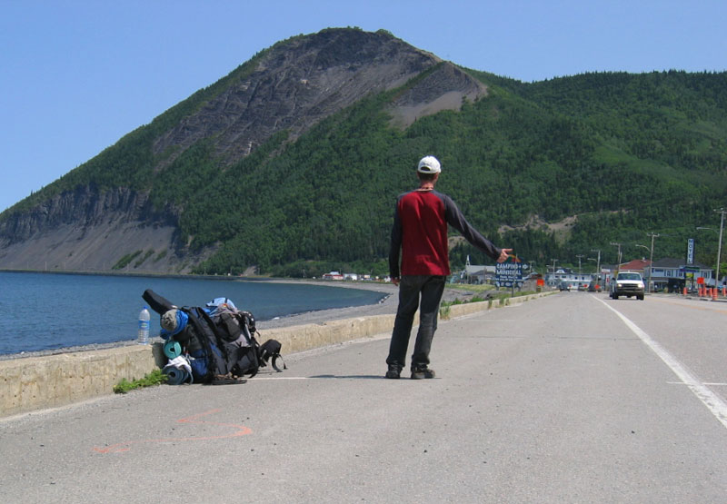 File:Hitchhicking on the road 132 - Gaspésie Canada.jpg