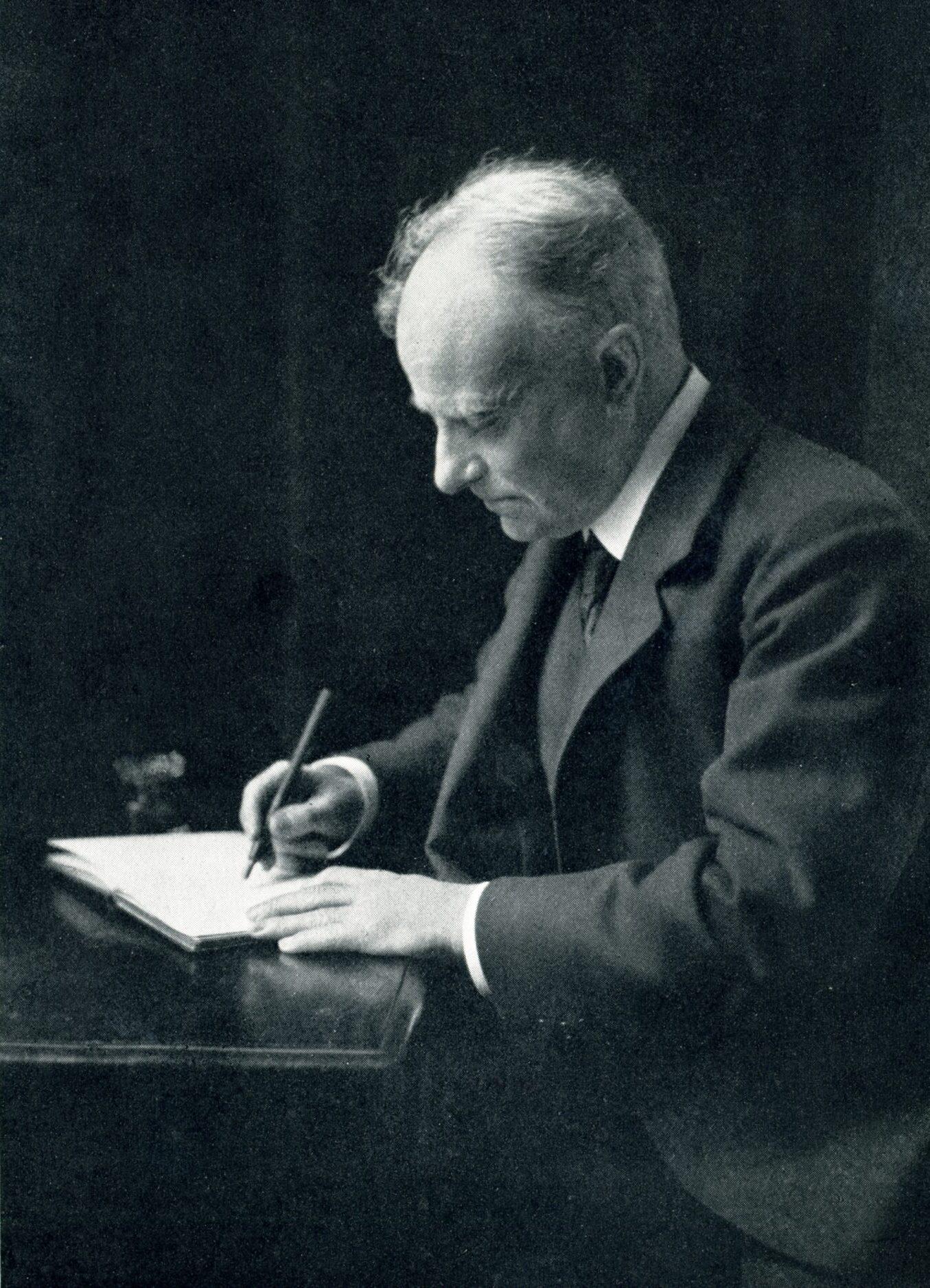 Thomson at his desk, 1912