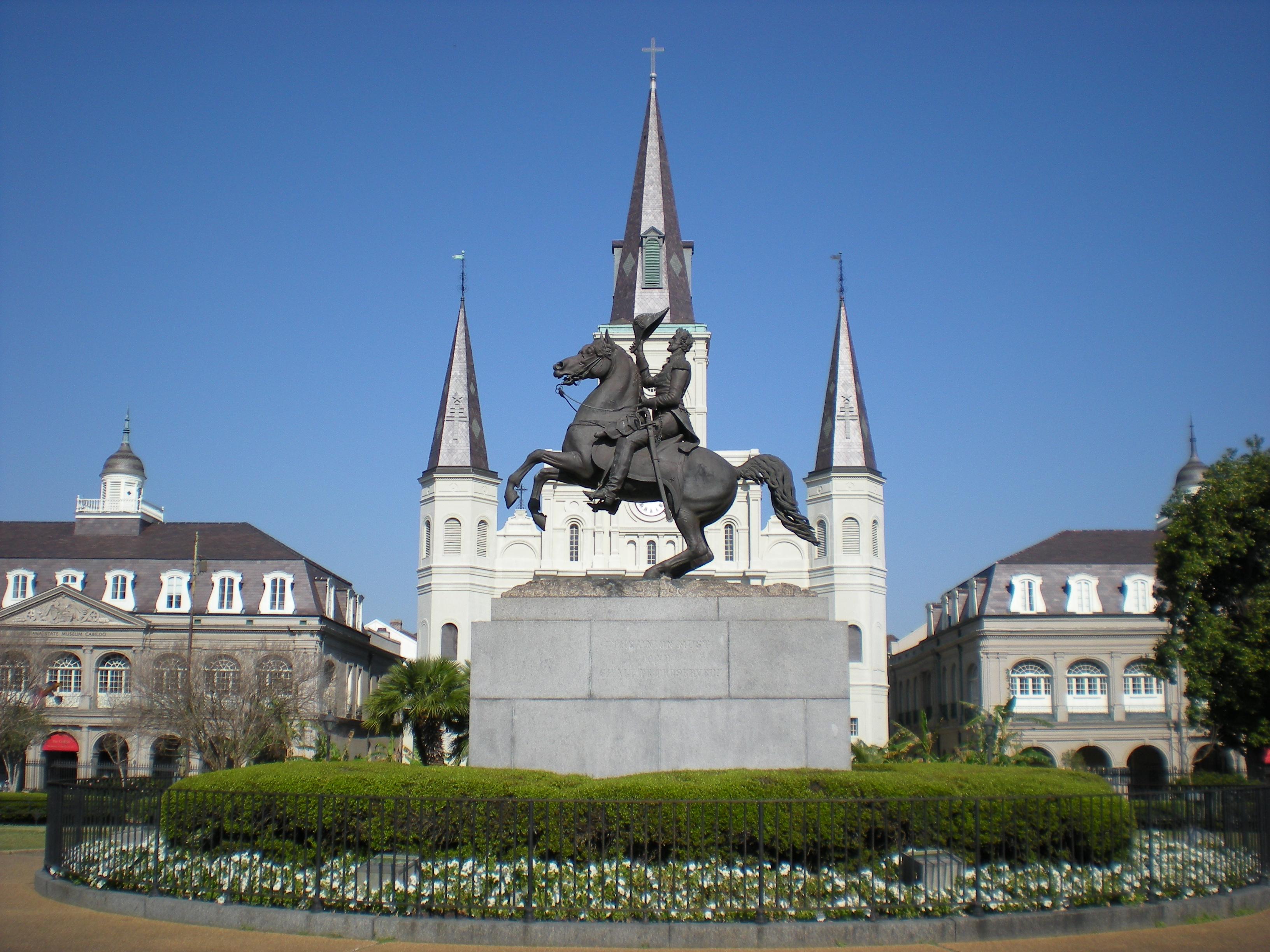 Description Jackson Square New Orleans.JPG