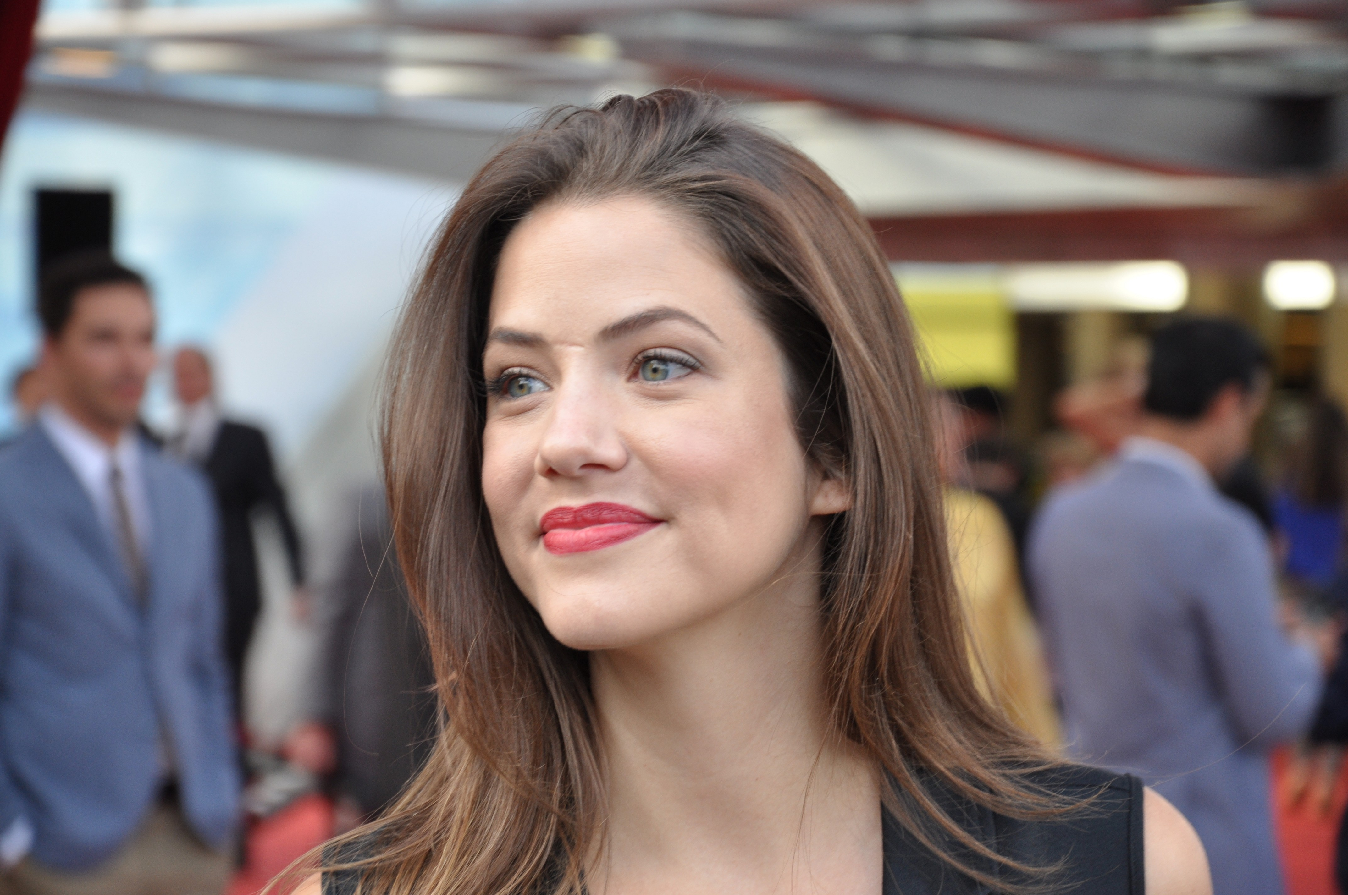 Julie Gonzalo nudes (34 photo), cleavage Boobs, Instagram, butt 2019