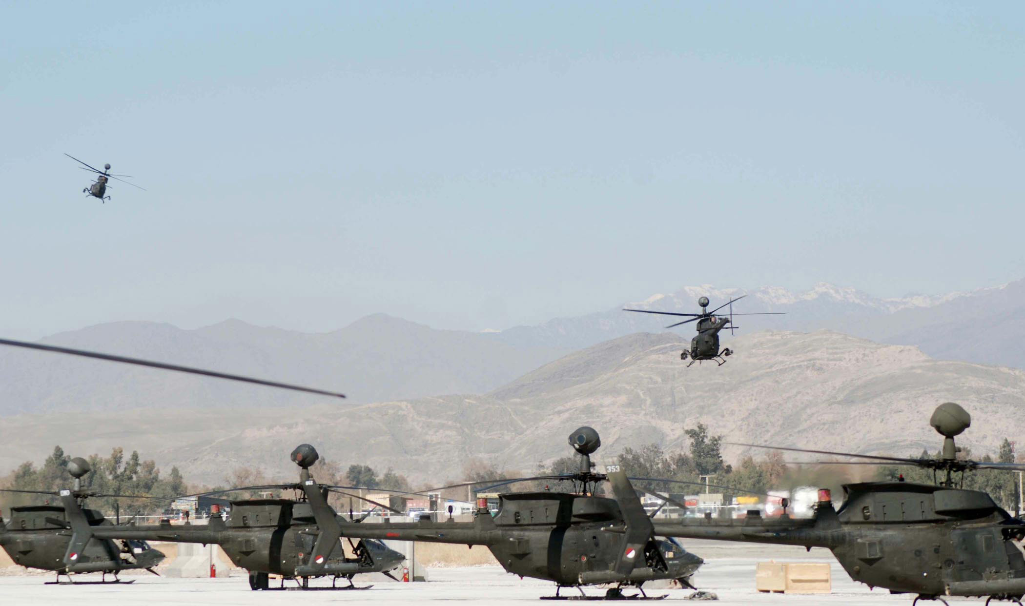 army helicopters with File Kiowa Helicopters At Jalalabad Airfield  Afghanistan on H21 likewise Id149452 likewise Watch furthermore Detail as well Helicopter Aircraft Military Army Transport USA  2.
