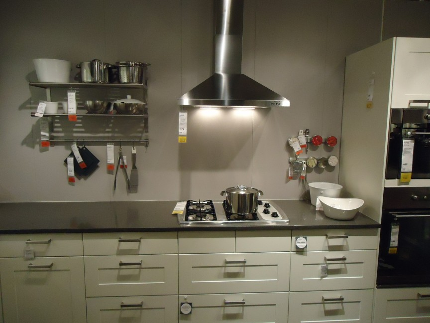 file:kitchen design at a store in nj 1 - wikimedia commons