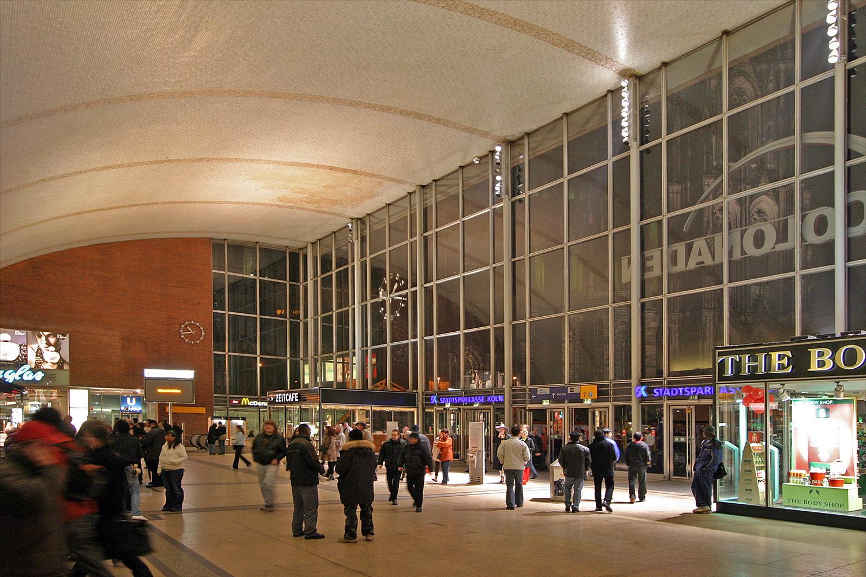 Empfangshalle des Kölner Hauptbahnhofs
